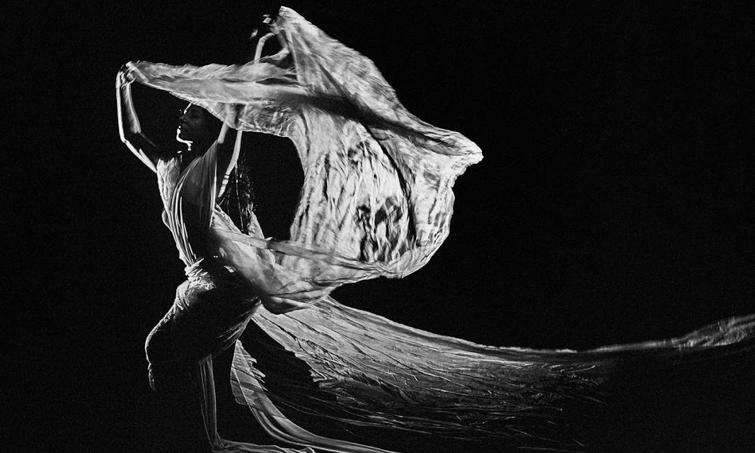 Go with the flow: the mesmerising moves of Russell Maliphant