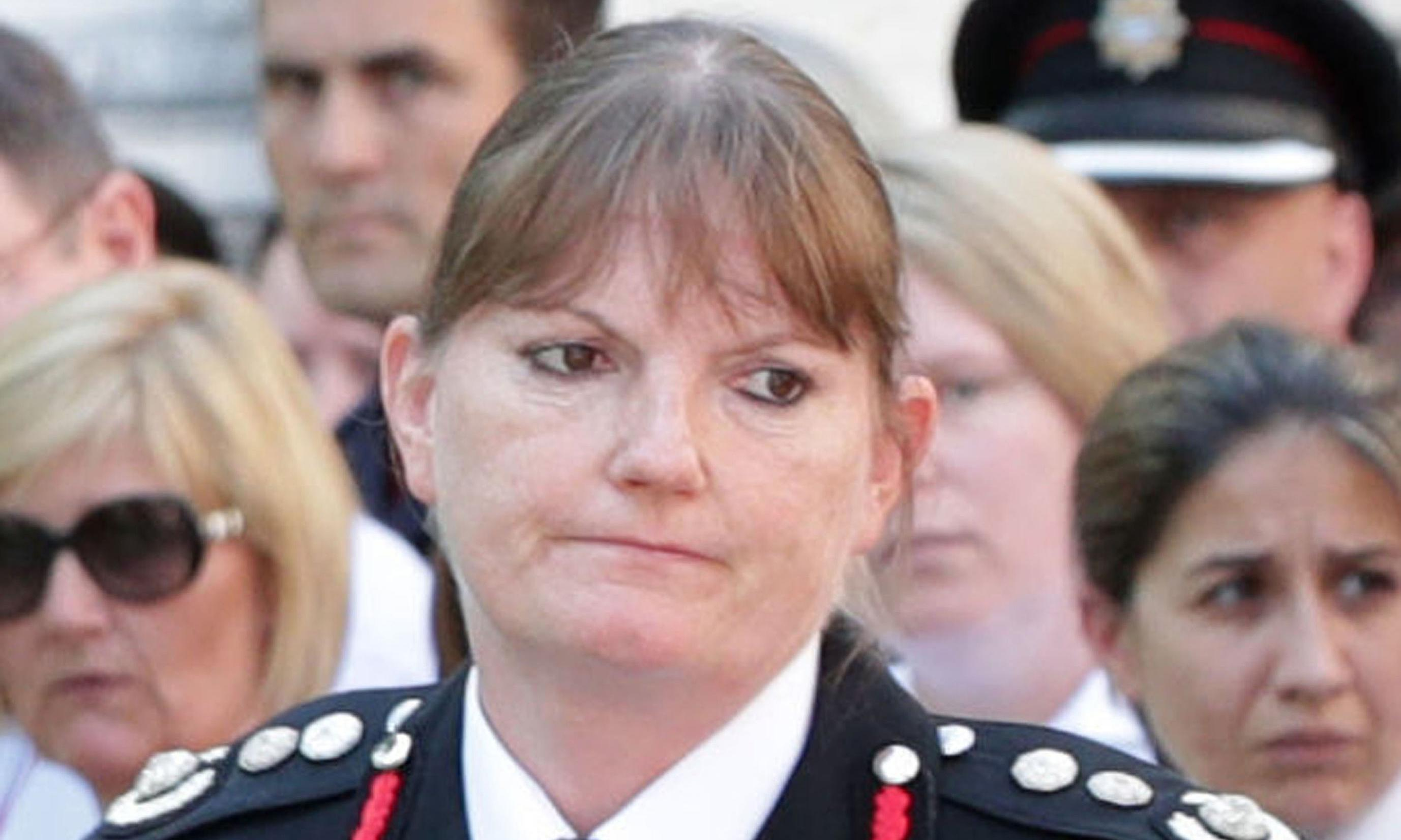 London fire chief Dany Cotton resigns after Grenfell criticism