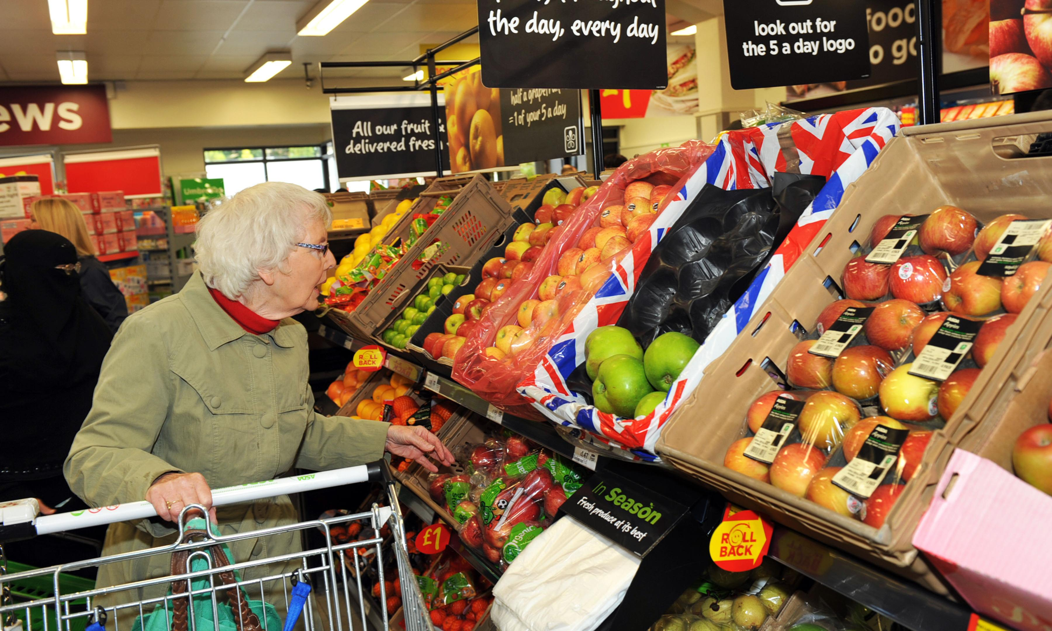 What are Brexit contingency plans for retailers and farmers?