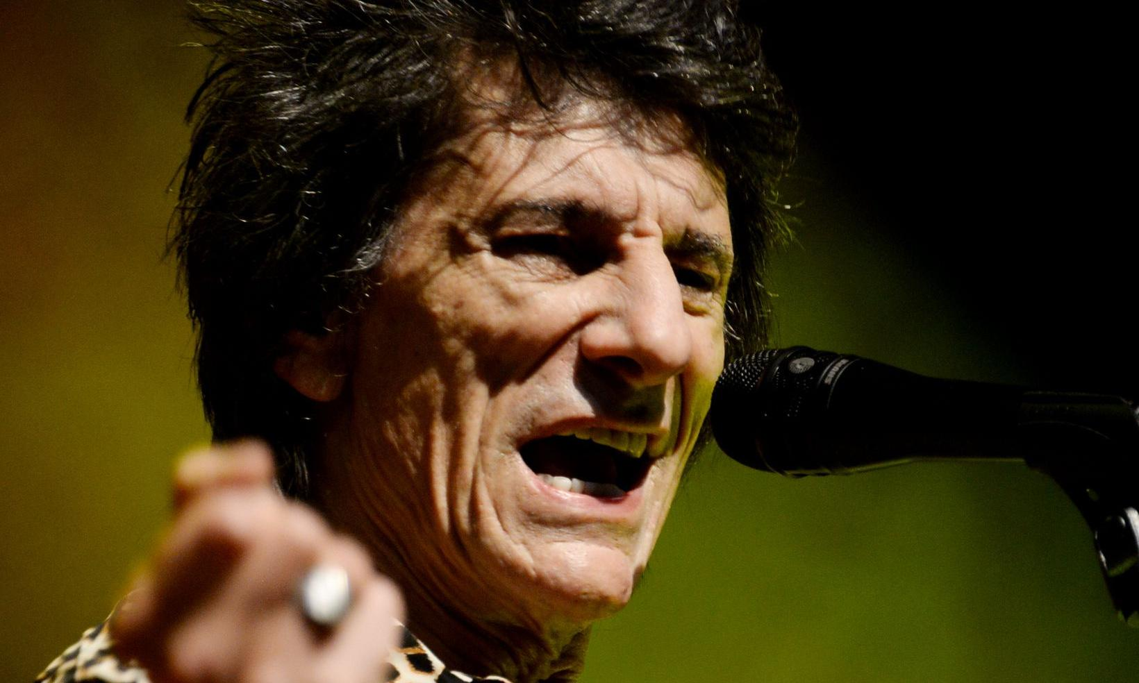 Ronnie Wood review – Chuck Berry tribute show neither rocks nor rolls