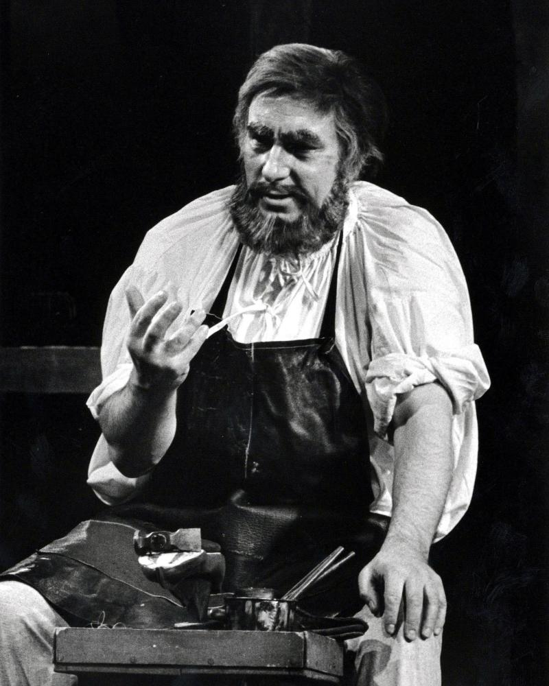 Norman Bailey in the role of Hans Sachs with English National Opera