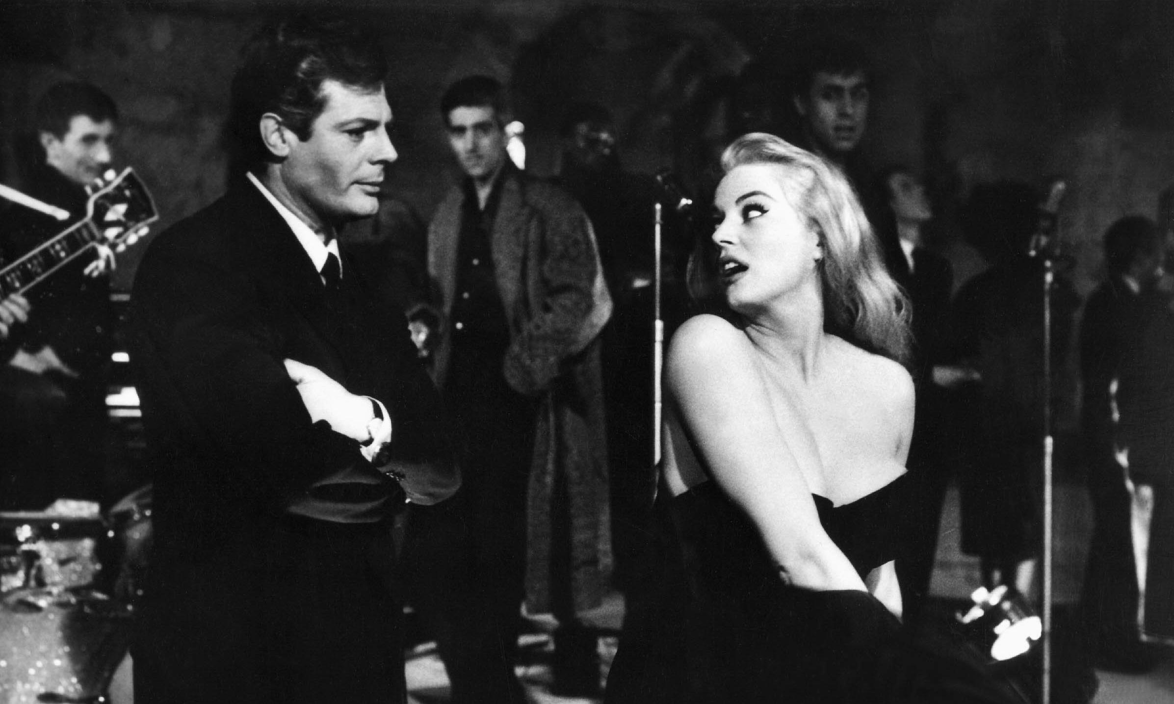 Streaming: celebrate Fellini at 100