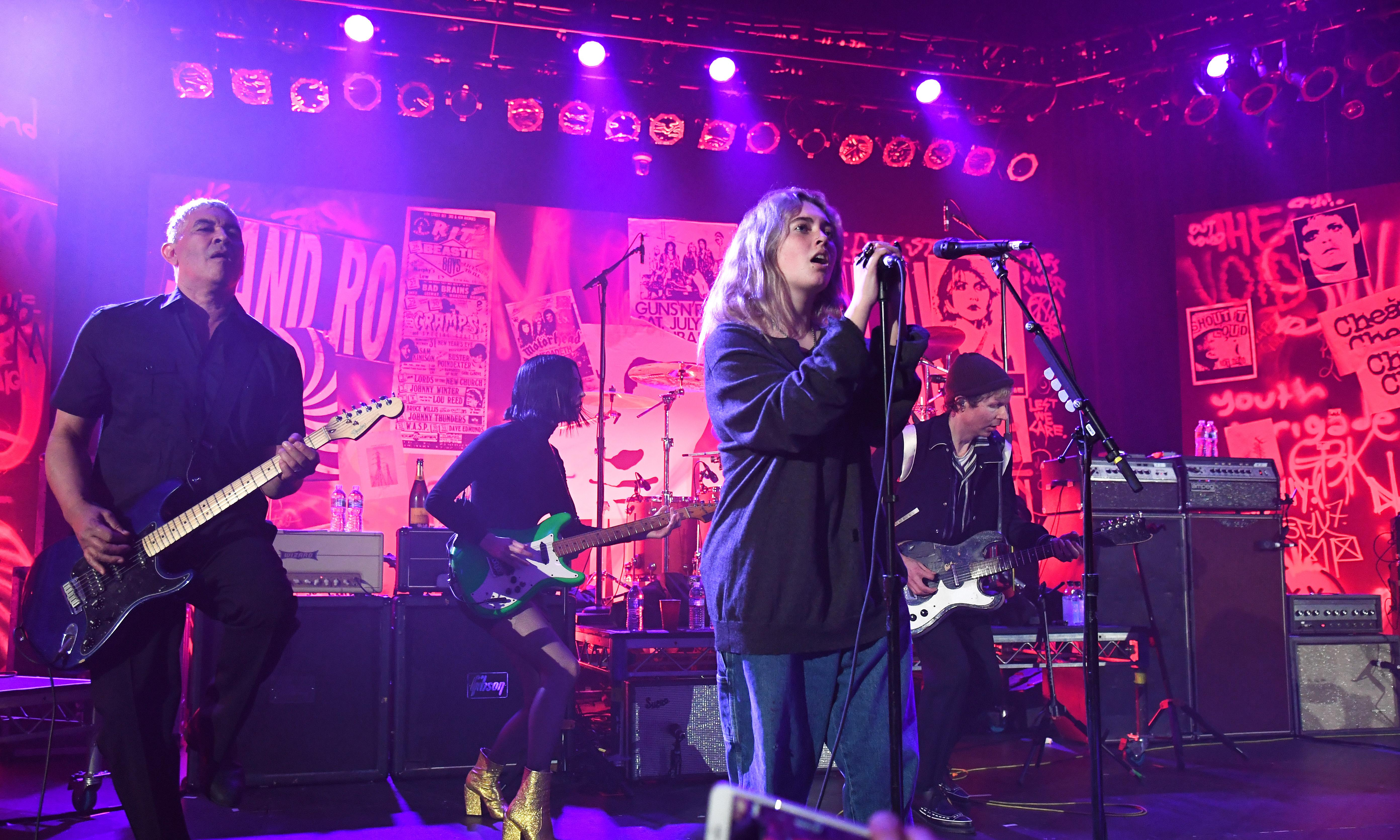 Nirvana reunion: Dave Grohl's 13-year-old daughter steals the show