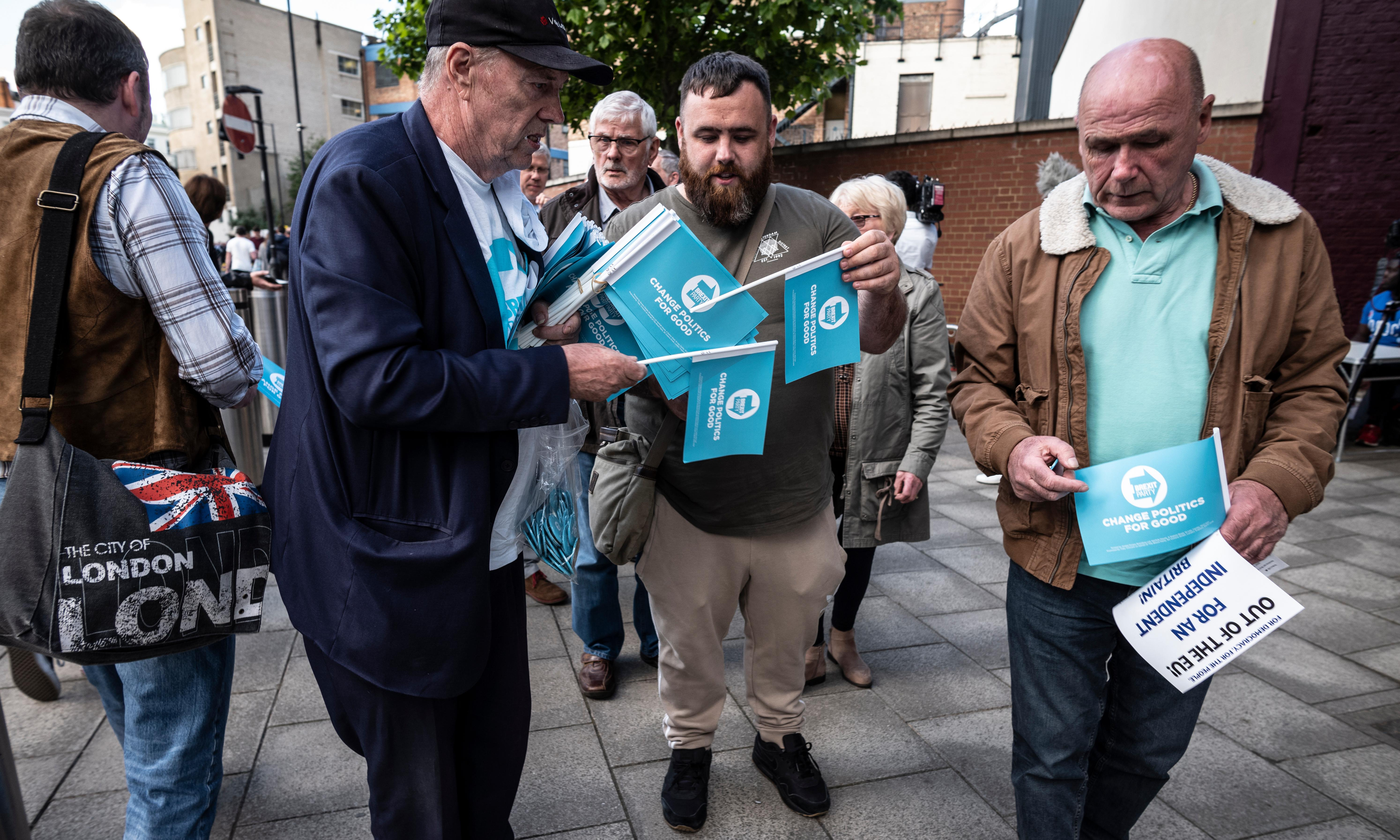 Change UK, Brexit party and Lib Dems in last appeal before European elections