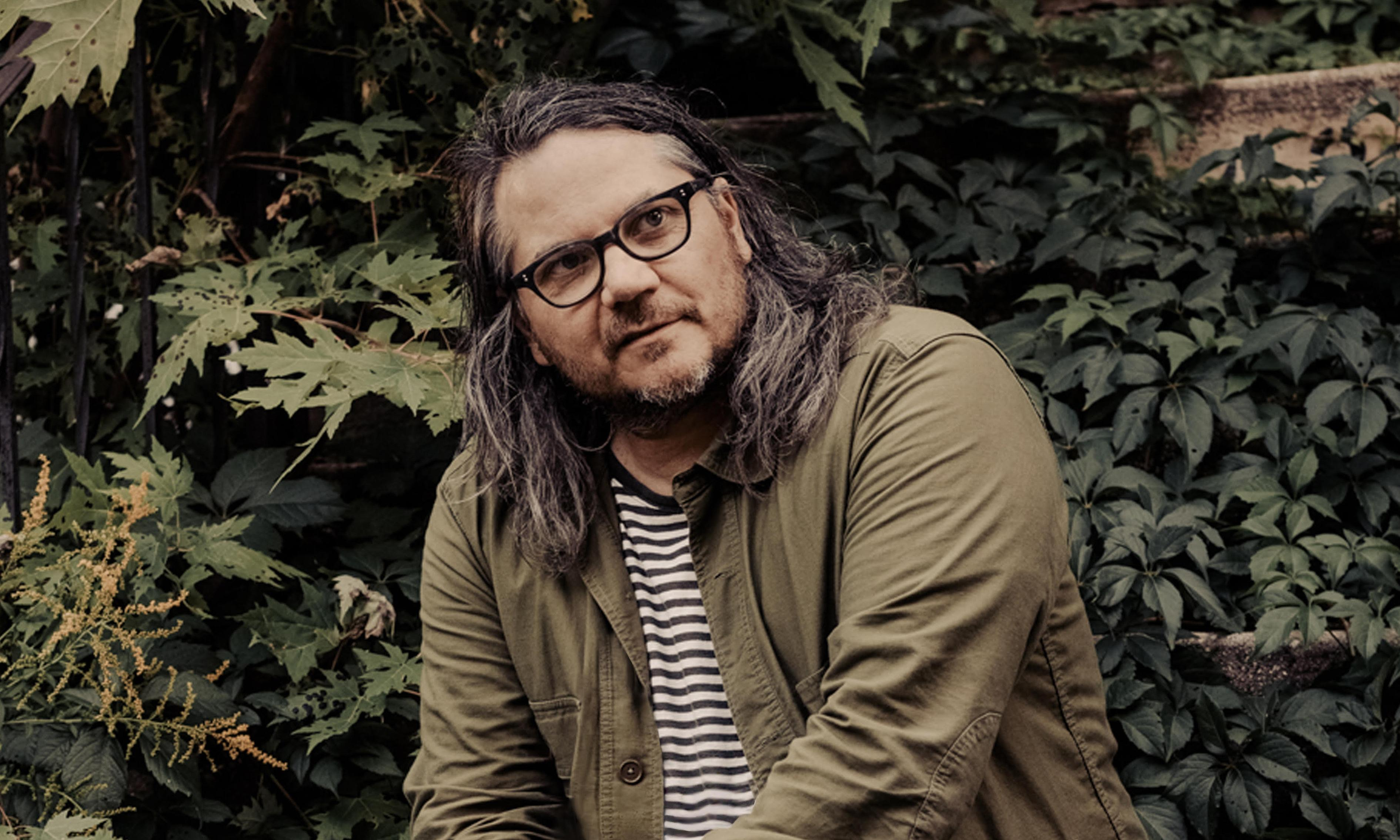 'A bullet lodged in the door': shots fired at Wilco frontman Jeff Tweedy's home