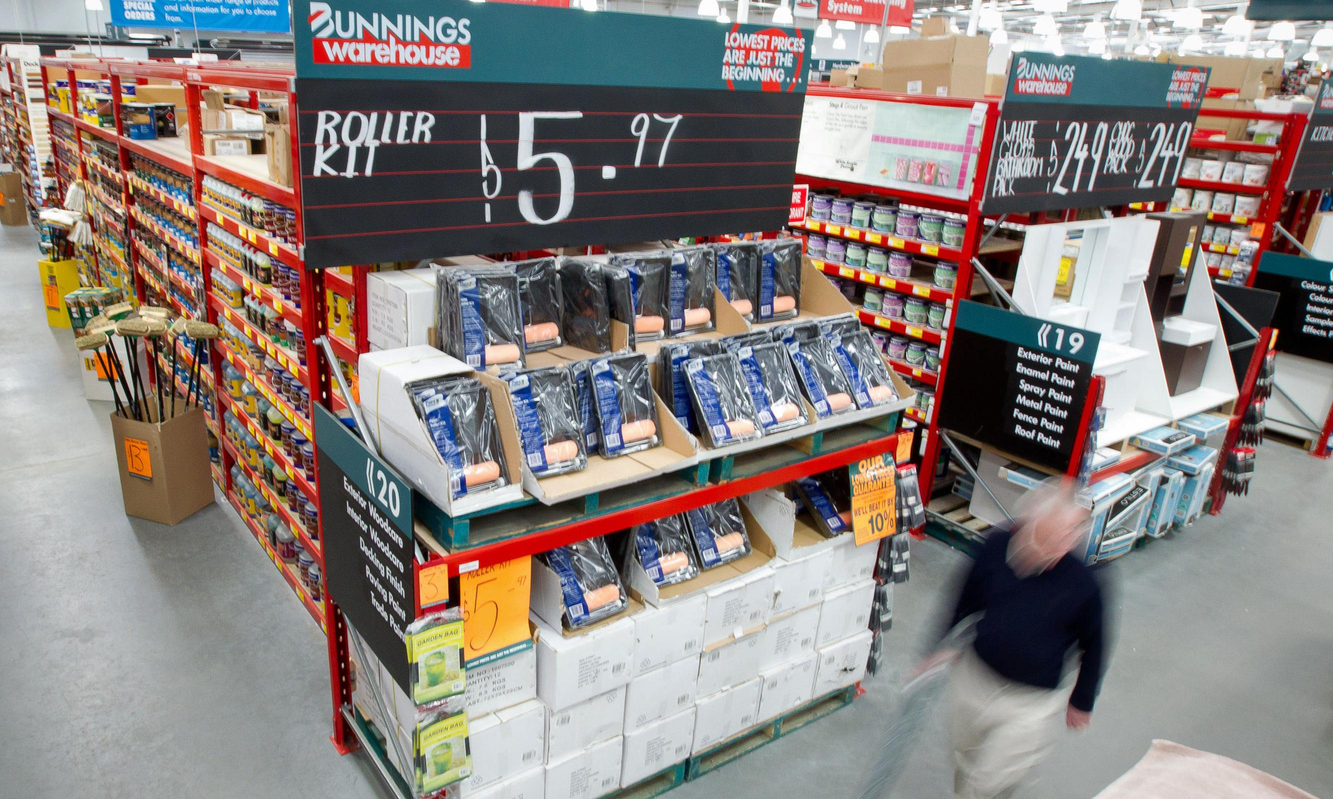 Albanese accuses Bunnings of wage theft after workers underpaid for 10 years