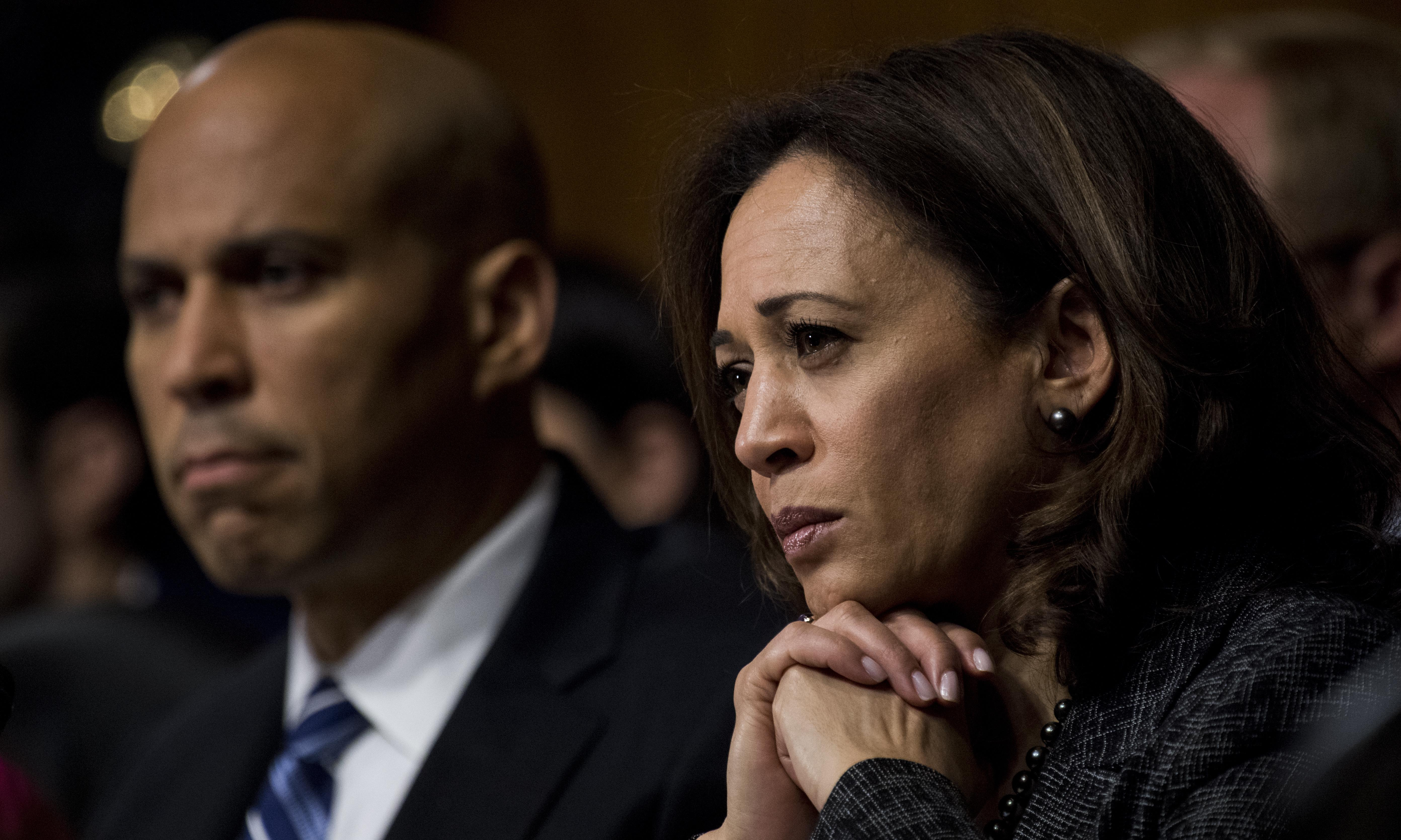These 2020 hopefuls are courting Wall Street. Don't be fooled by their progressive veneer