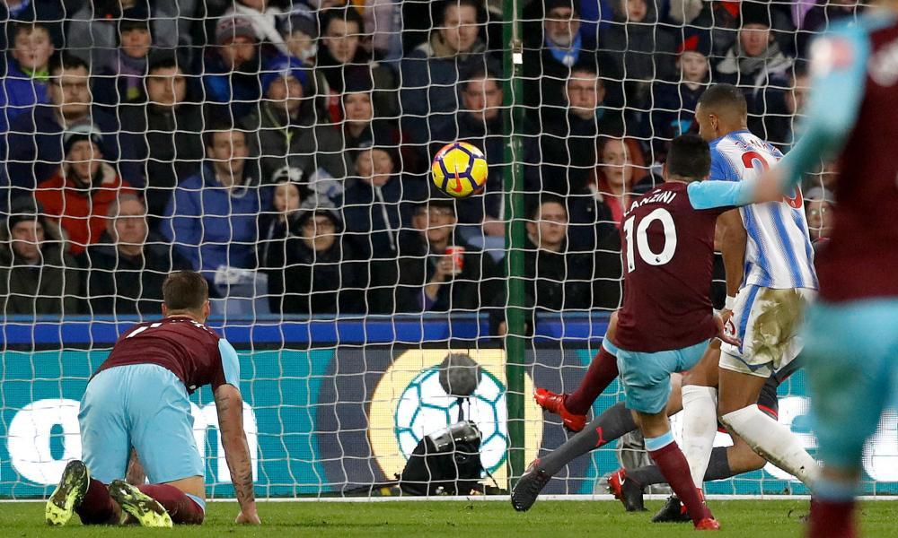 West Ham United's Manuel Lanzini slams in the Hammer's fourth.
