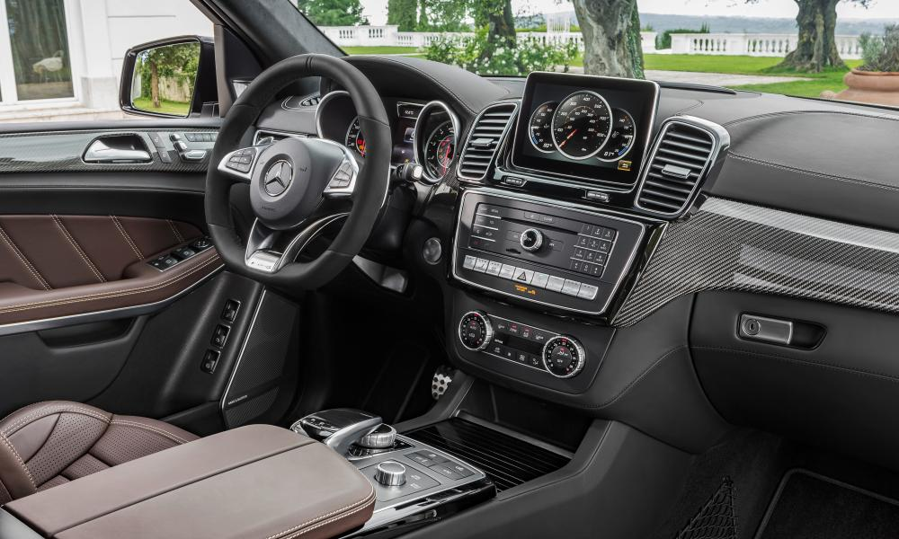 Inside story: the luxurious cockpit of the GLS