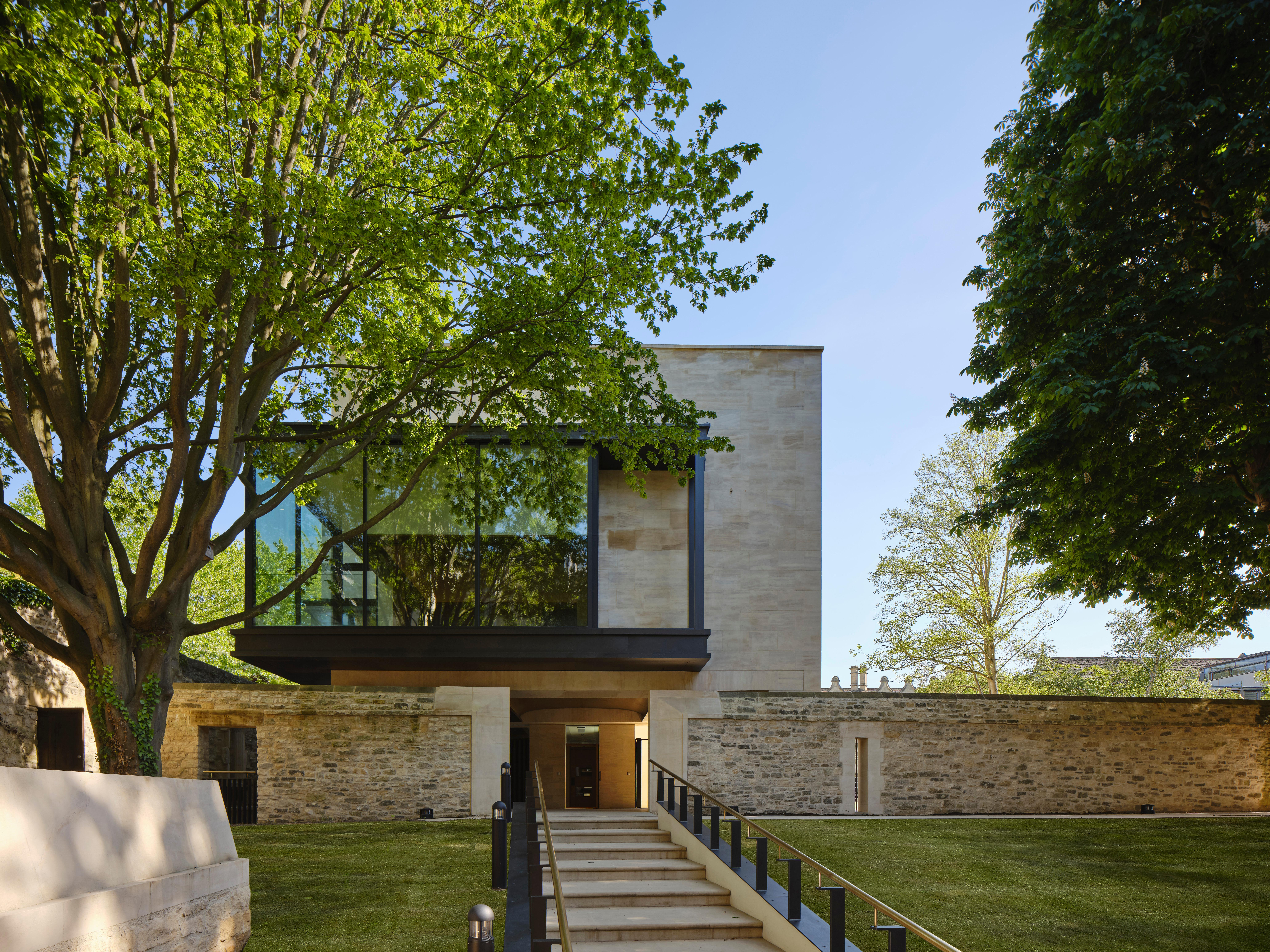 St John's College, Oxford library and study centre – a touch of mod in the quad