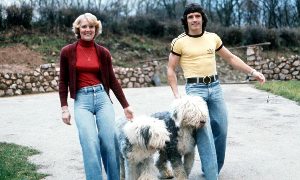 Kevin Keegan, wife Jean and the two Old English sheepdogs who they took over to their Hamburg hotel in 1977