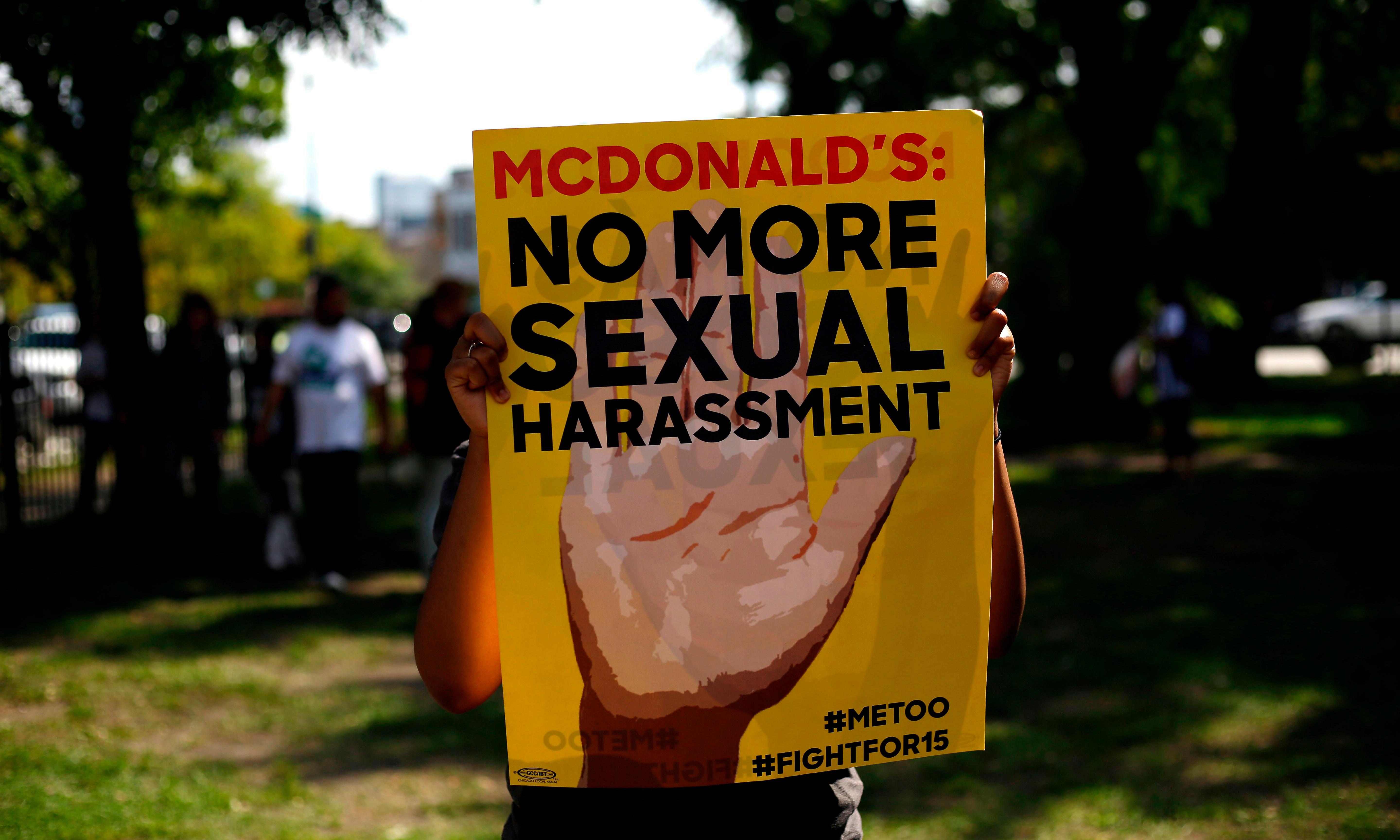 Bernie Sanders campaign rallies support at McDonald's strikes across US