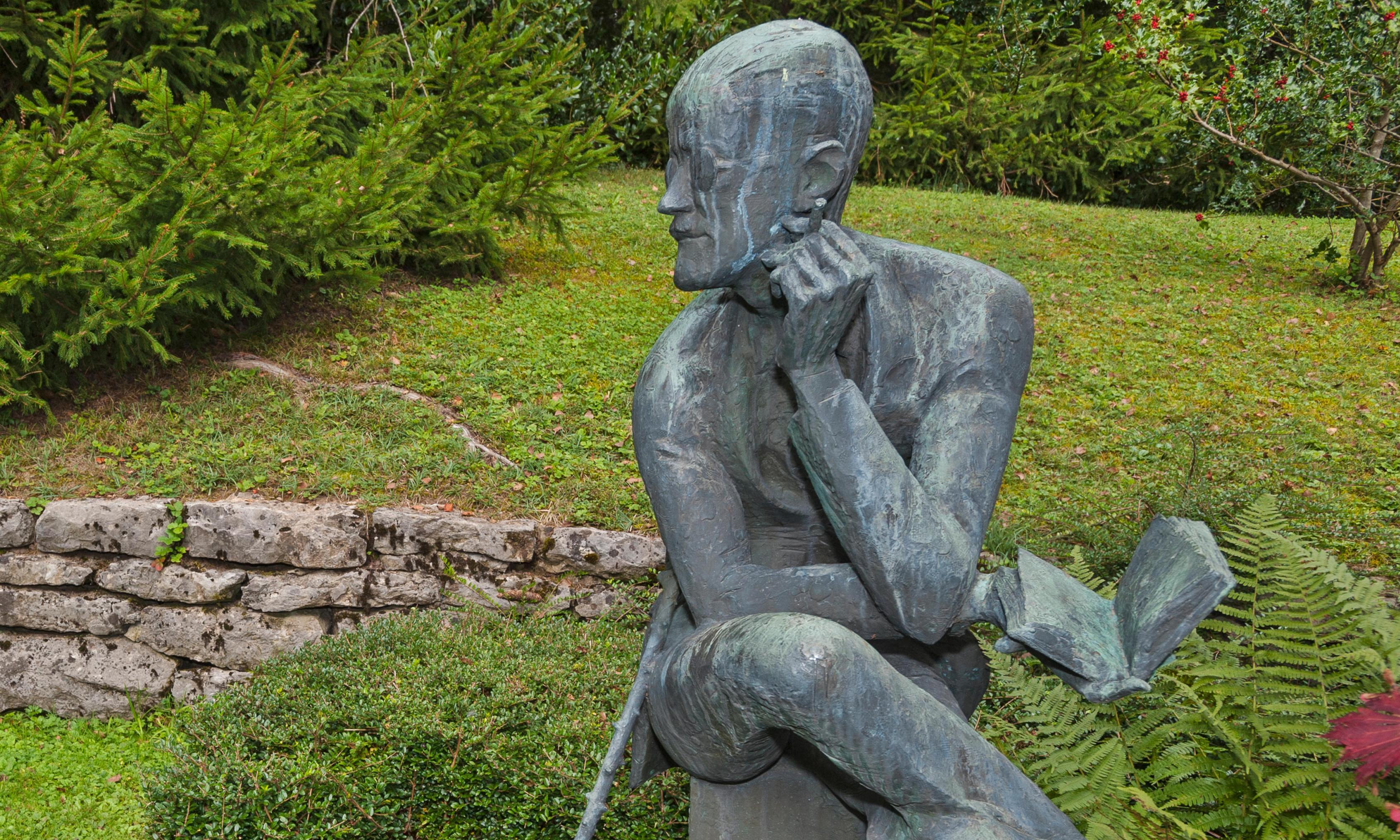 Bid to repatriate James Joyce's remains ahead of Ulysses centenary