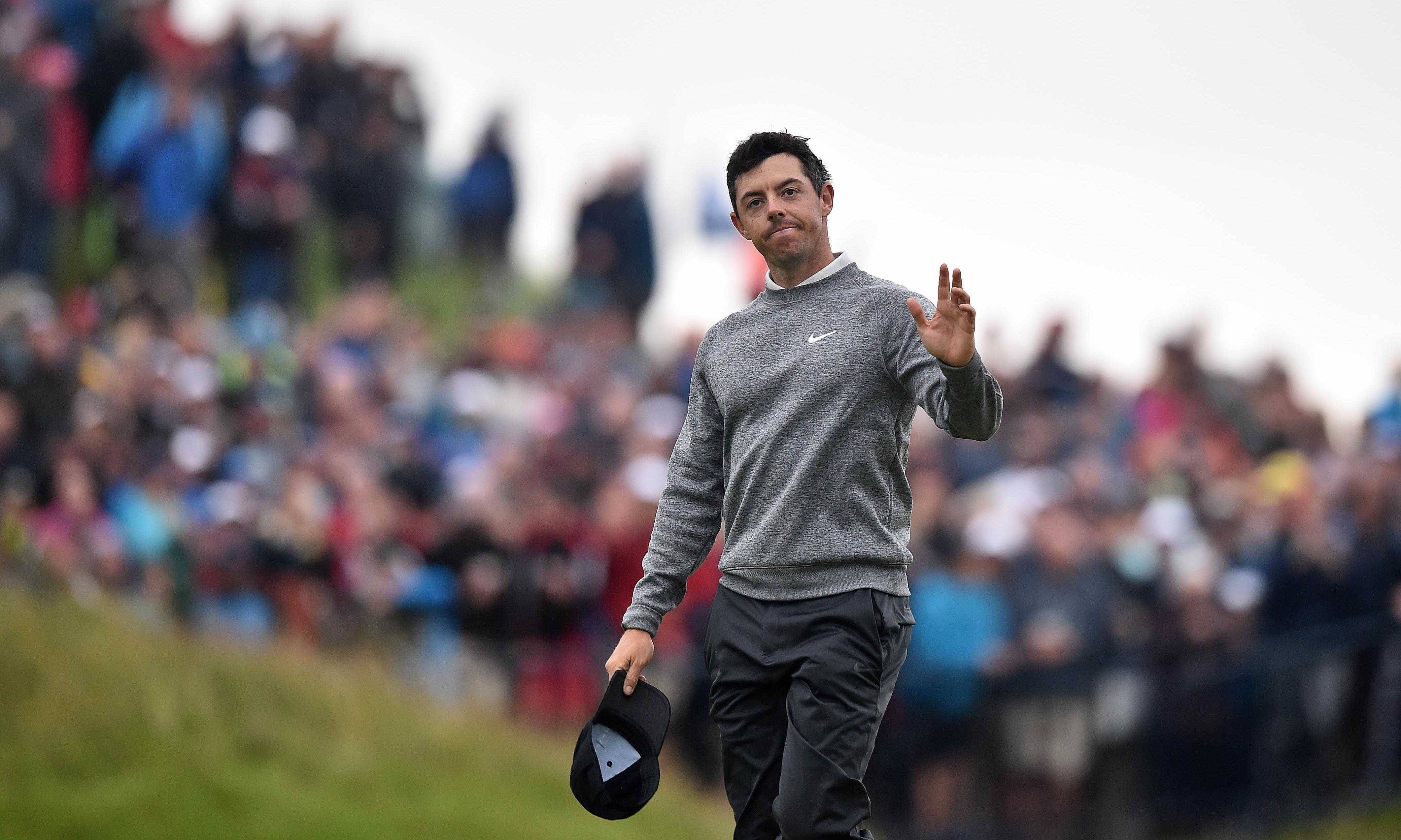 Rory McIlroy's Open fightback falls just short as Shane Lowry takes share of lead