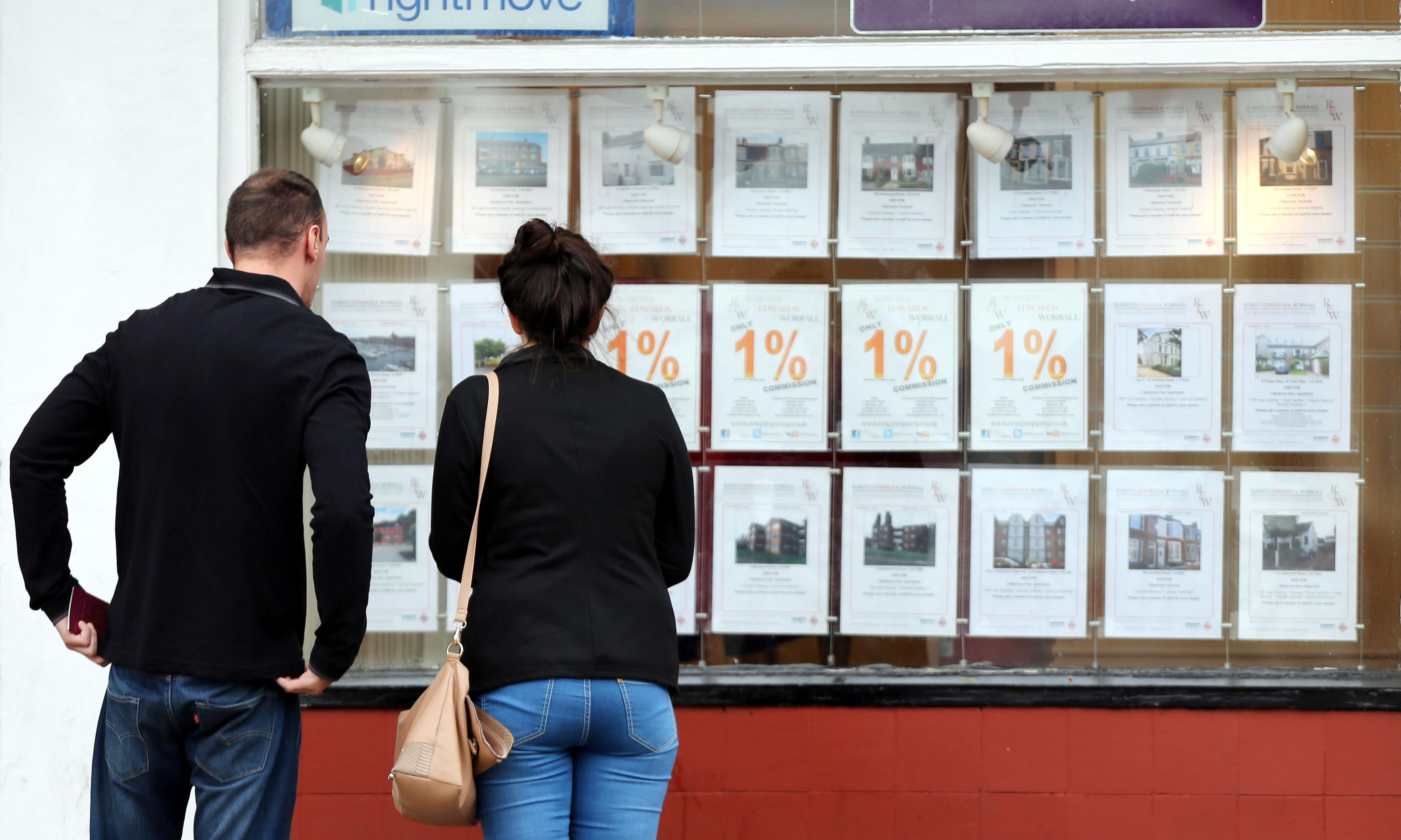 I sold my home to a neighbour – do I have to pay the agent's fee?