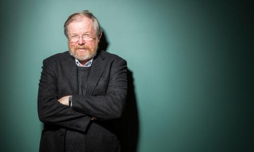 Bill Bryson photographed at the Wellcome Institute. London By David Levene 9/3/15