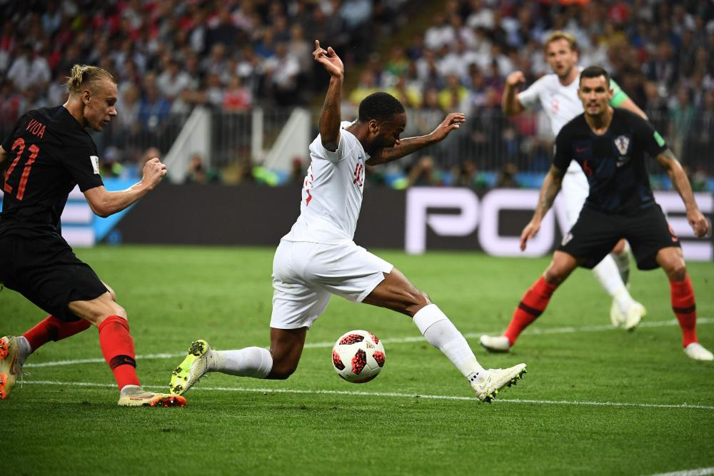 Raheem Sterling stumbles when well placed to threaten Croatia's goal on another promising but eventually frustrating night for the England forward.