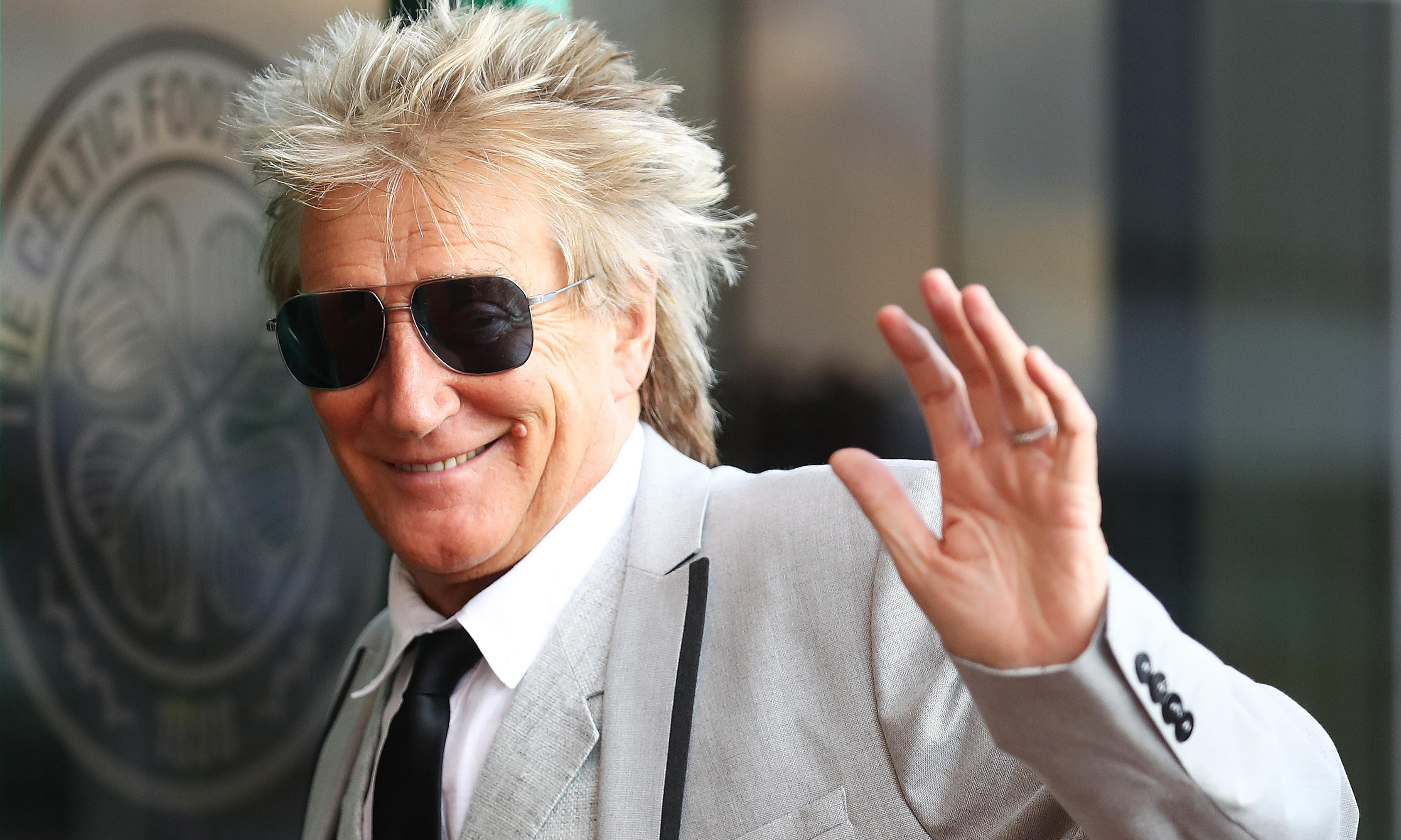 Rod Stewart given all-clear following secret cancer treatment