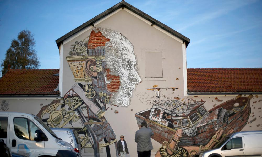 'Banksy meets Damien Hirst' in street art by the Portuguese artist Alexandre Farto, known by the tag name Vhils.