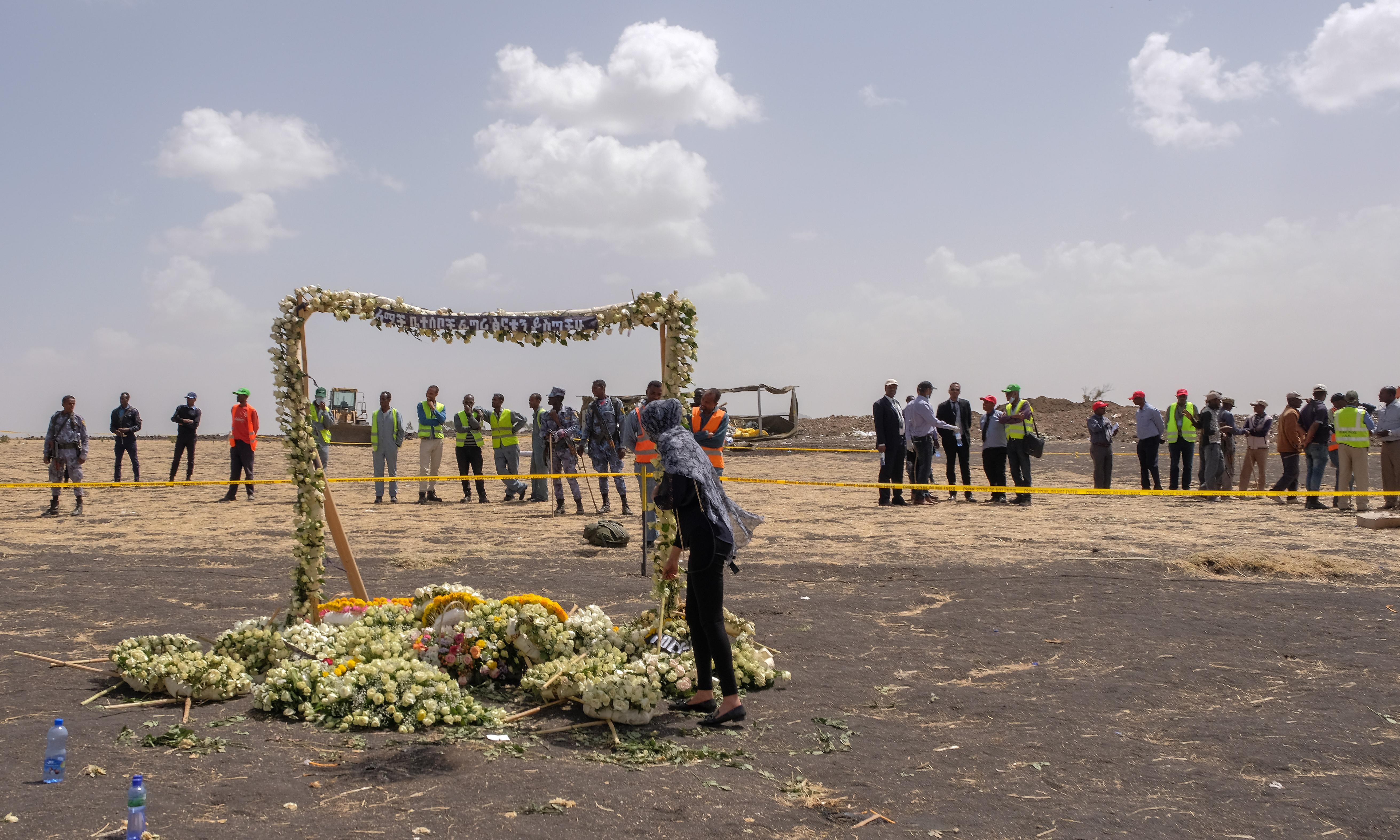 Boeing 737 Max: US prosecutors investigate plane after fatal crashes