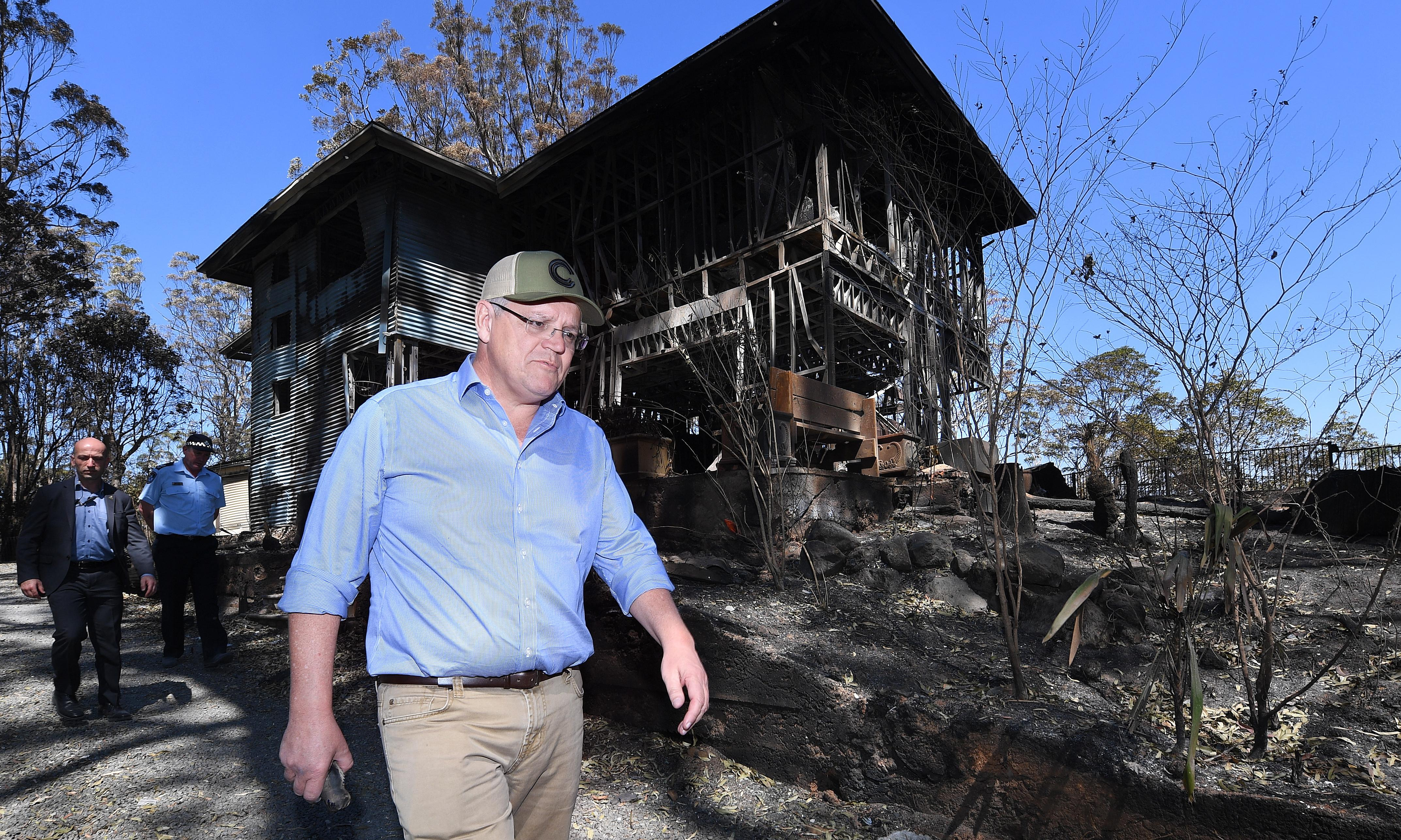 Scott Morrison accepts climate a factor in bushfires and defends Coalition policy