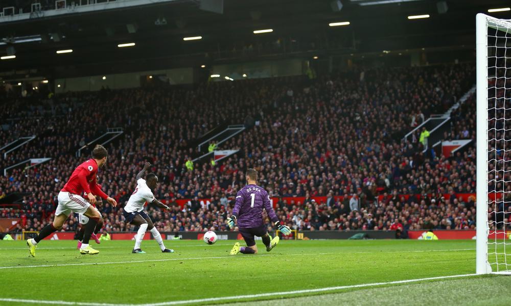 Sadio Mané had a goal disallowed.
