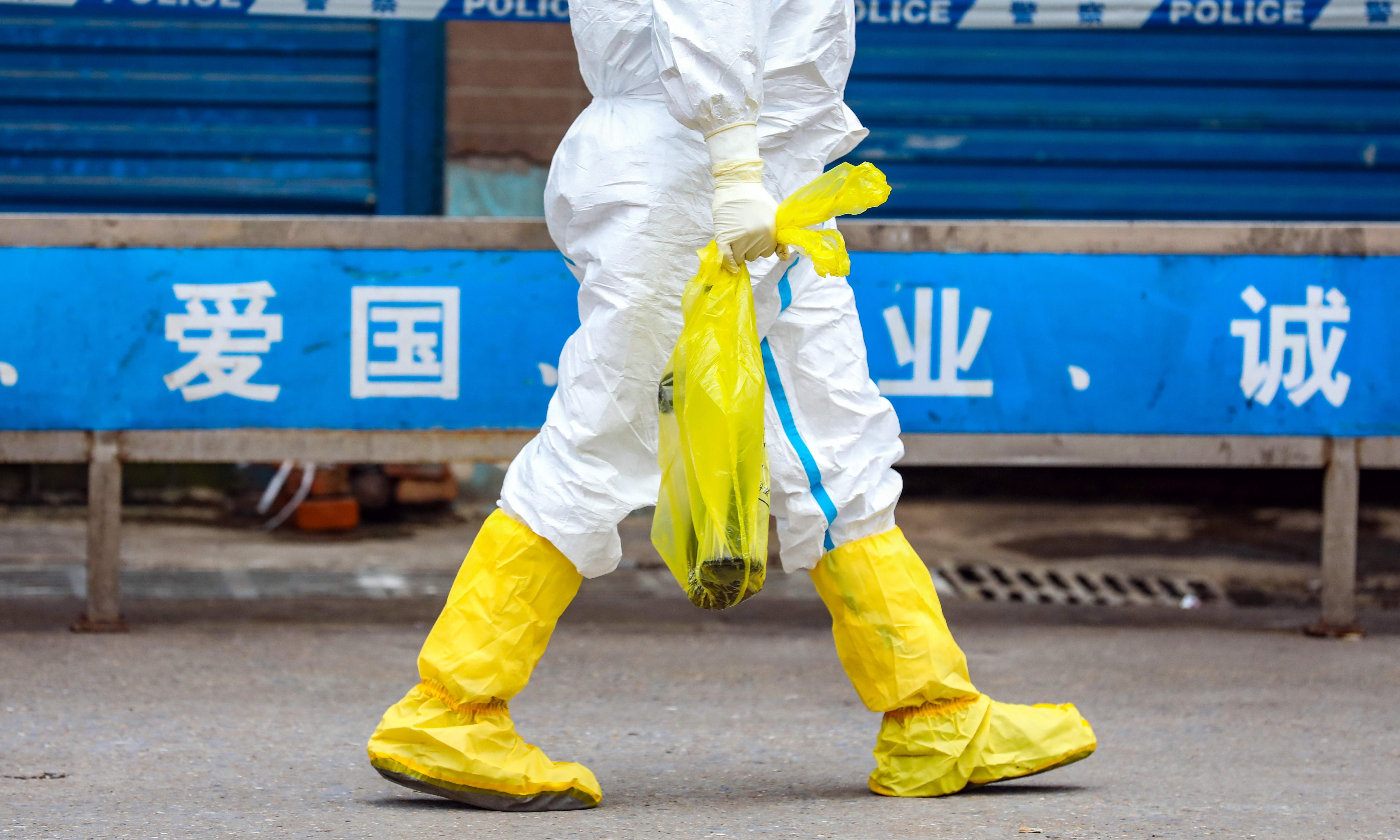 Wuhan evacuation: US and Japan to fly out citizens as coronavirus death toll rises