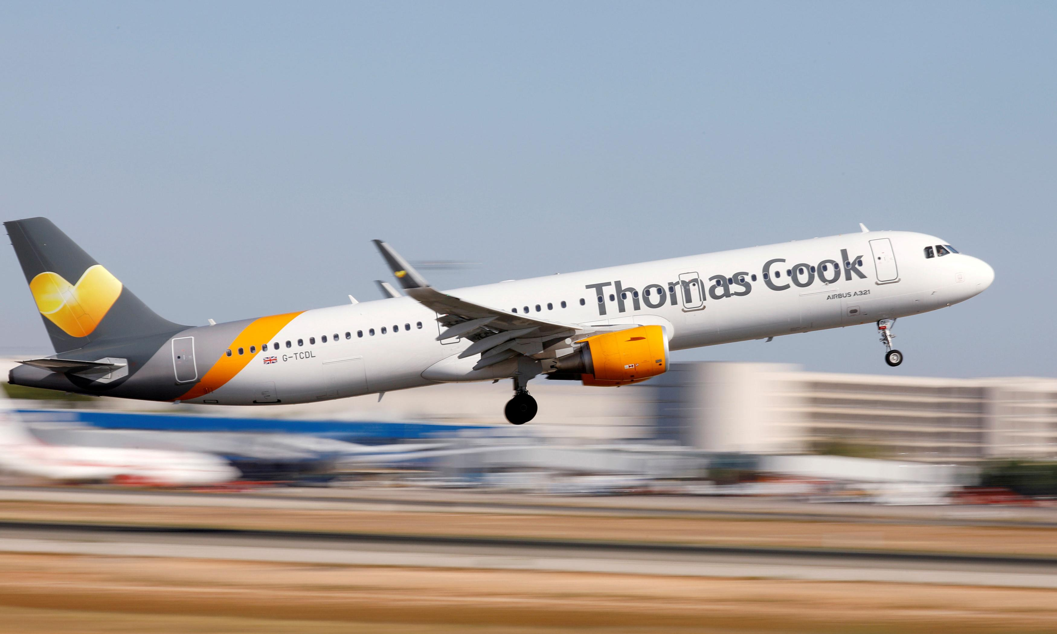 Thomas Cook races to raise extra £200m to secure rescue deal