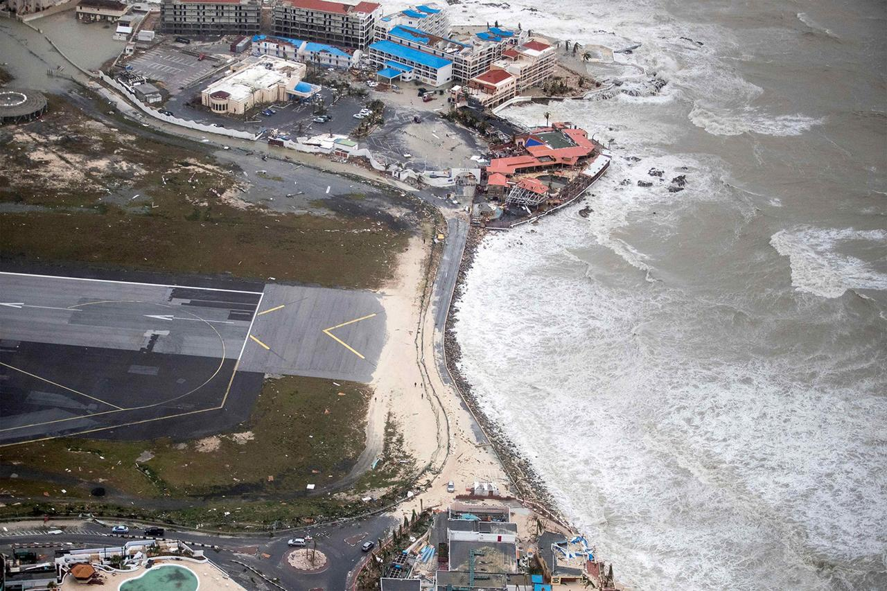 Before And After Hurricane Irma Images Of Caribbean Destruction - Before and after world