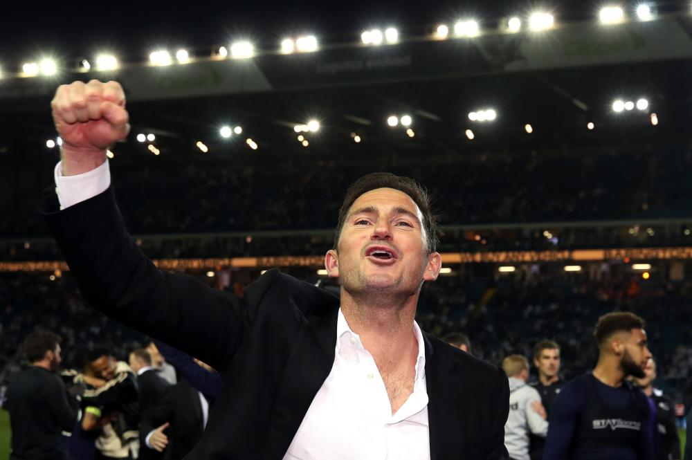 Frank Lampard celebrates victory.