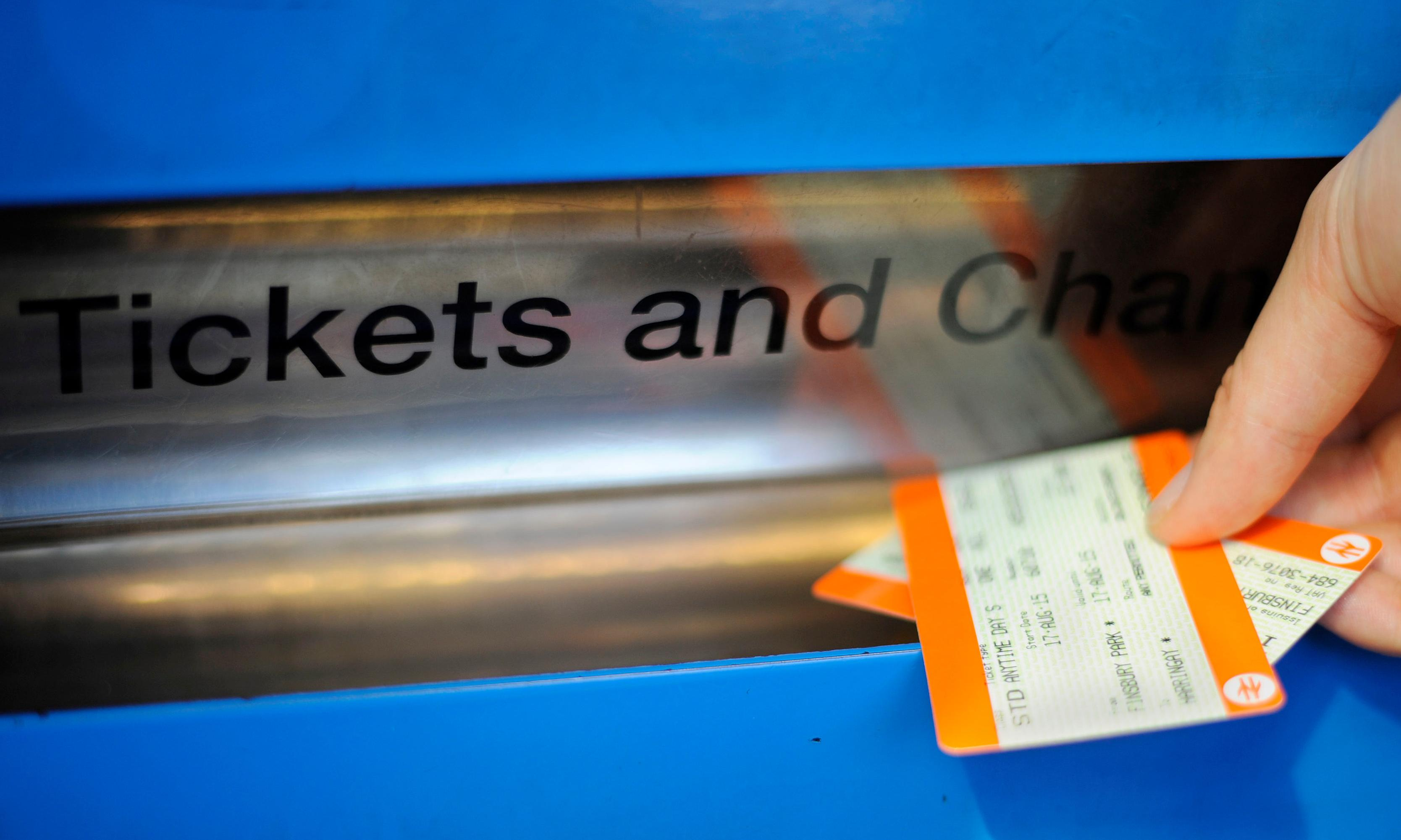 UK rail fares to rise 2.7% in January
