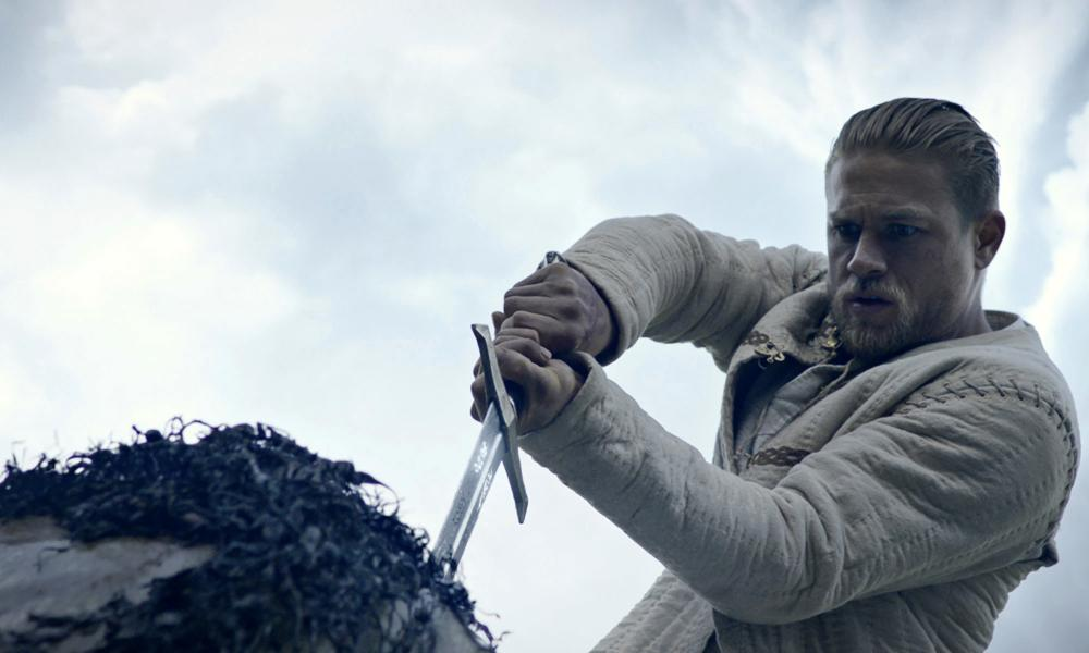 Charlie Hunnam, sword and stone