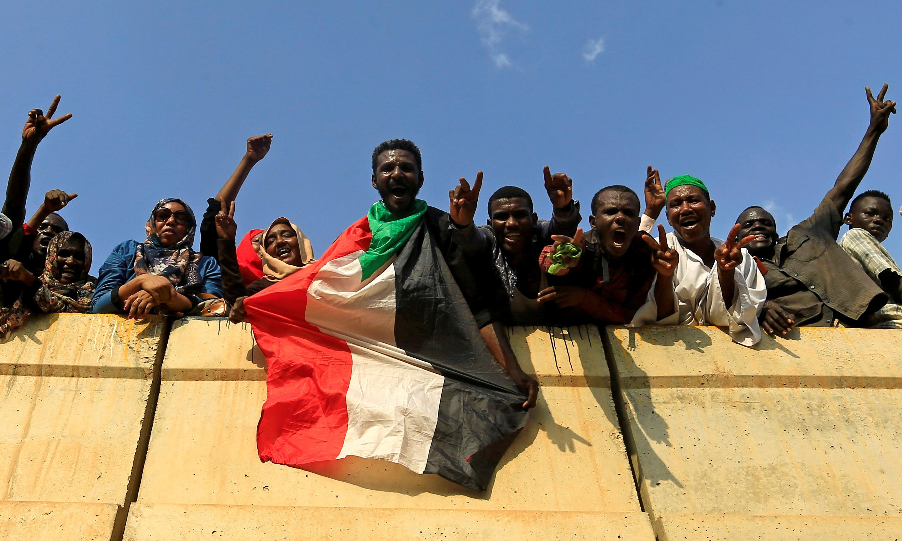 Deposed Sudan president to face corruption charges in court