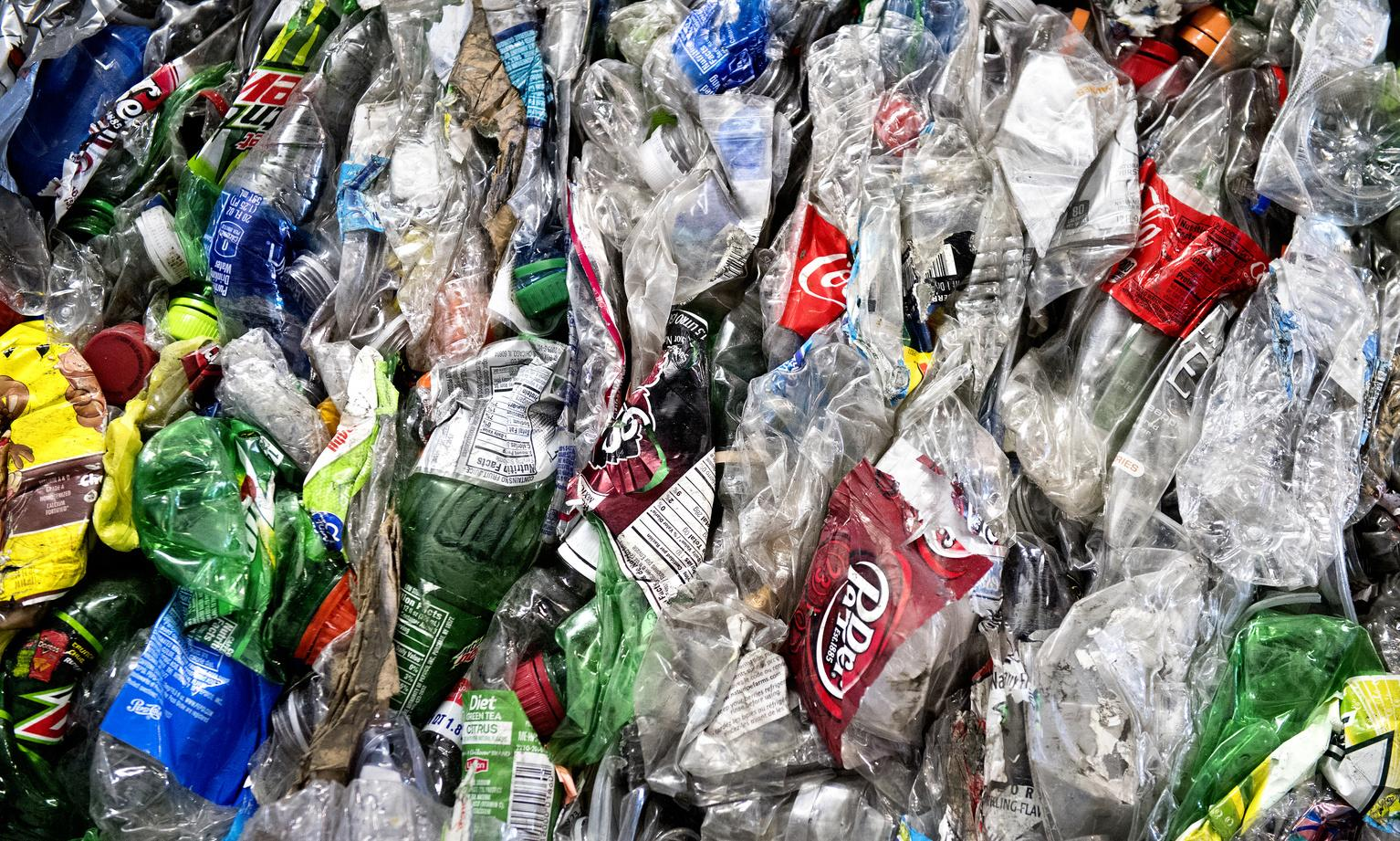 Big plastic polluters accused of cynically backing US recycling day