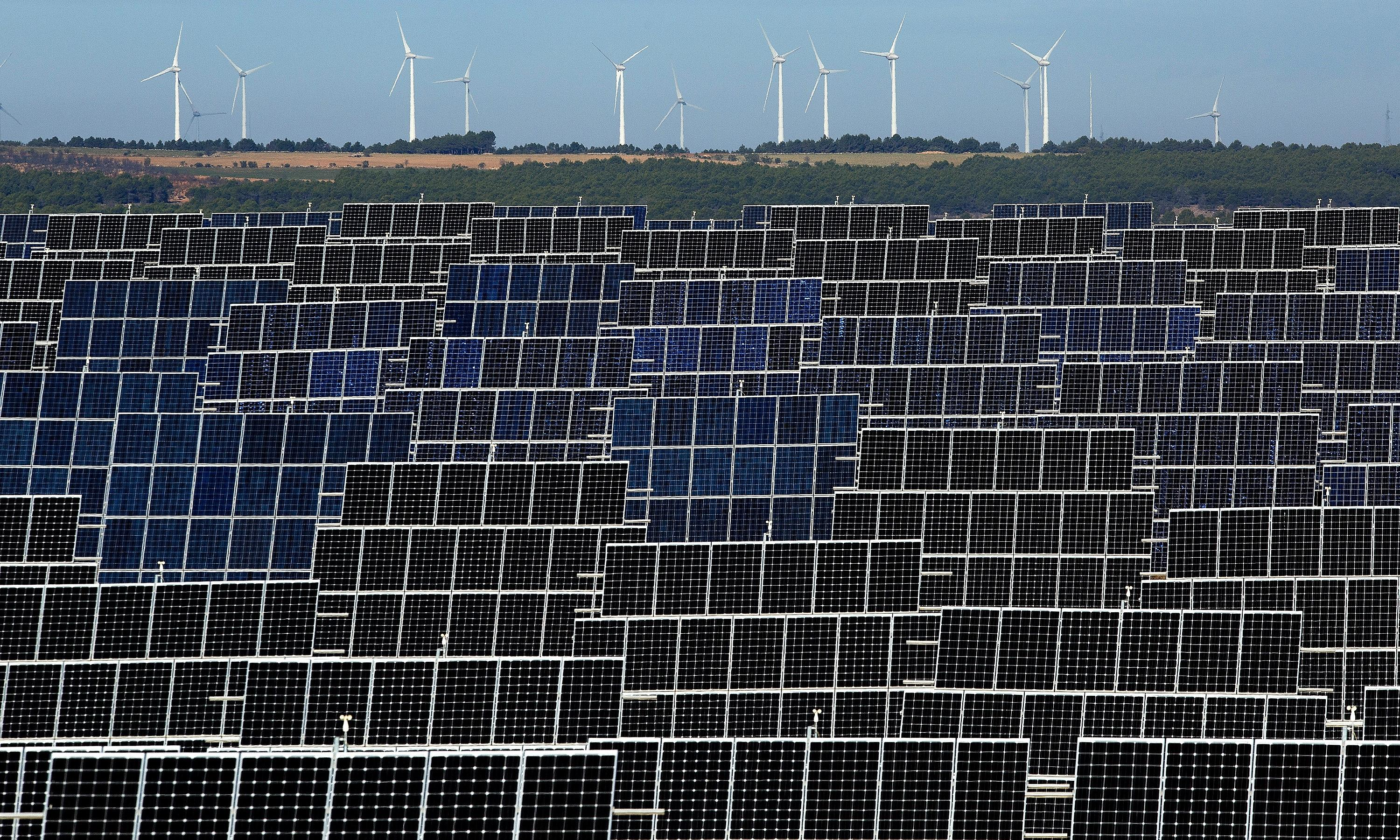 Spain plans switch to 100% renewable electricity by 2050