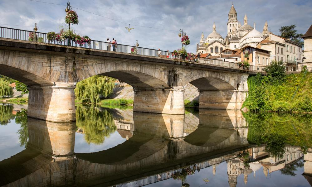 Sur le pont … the Barris bridge and Saint Front cathedral, Perigueux.