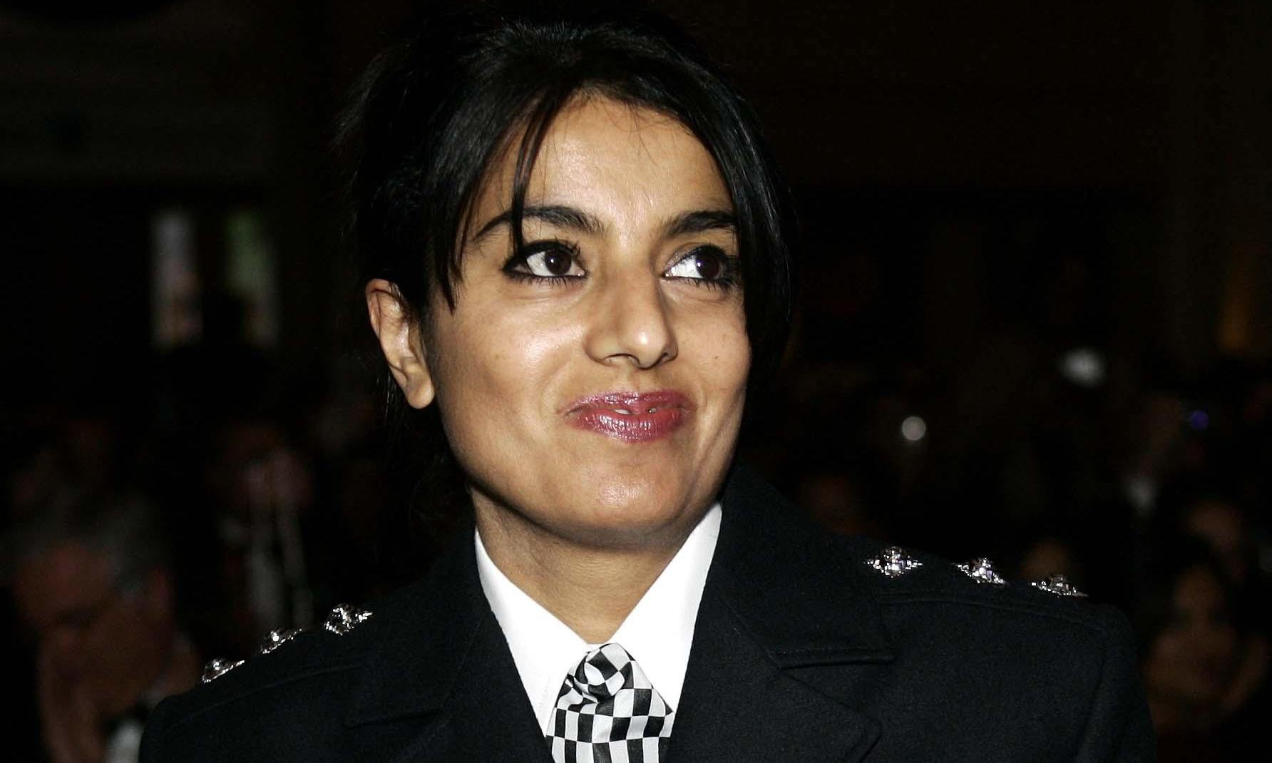 Senior female Asian police officer accuses Met of discrimination