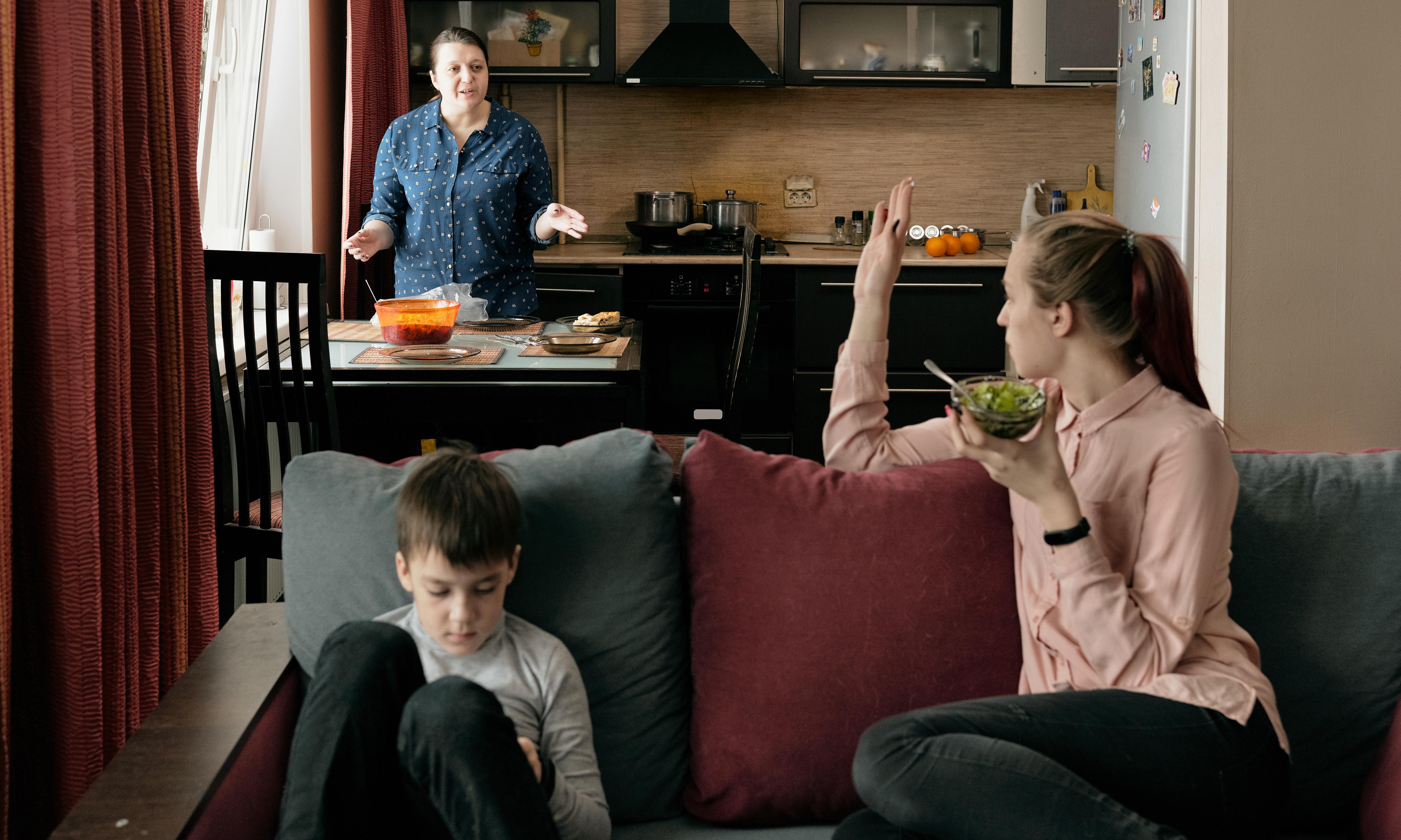 A heavy topic: how to change the way your family speaks about weight