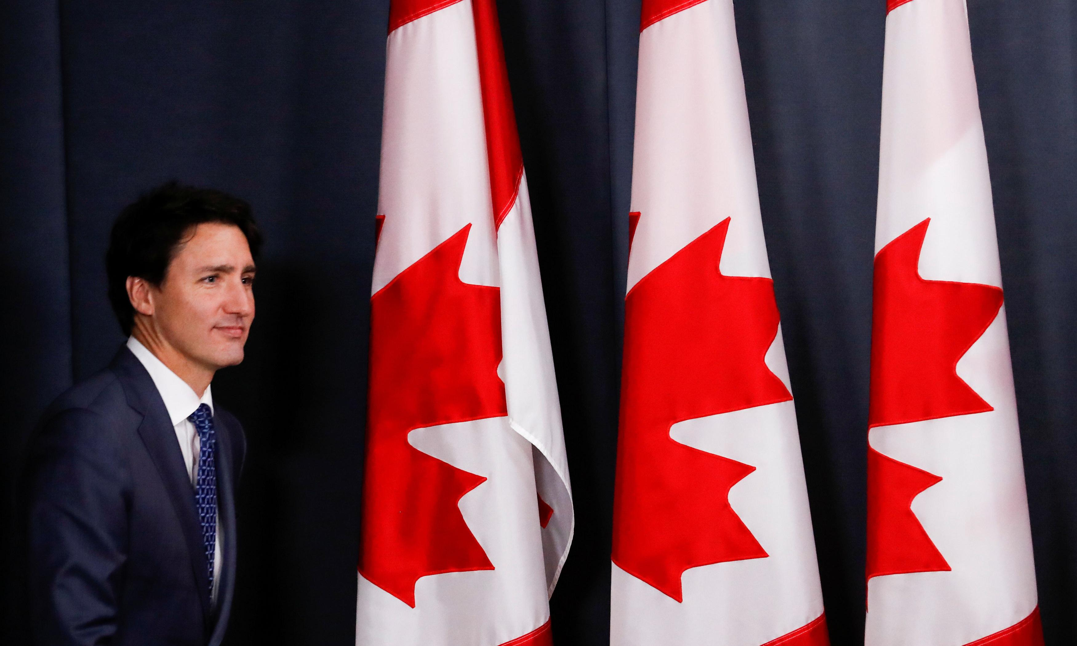 Justin Trudeau unveils new cabinet with focus on national unity