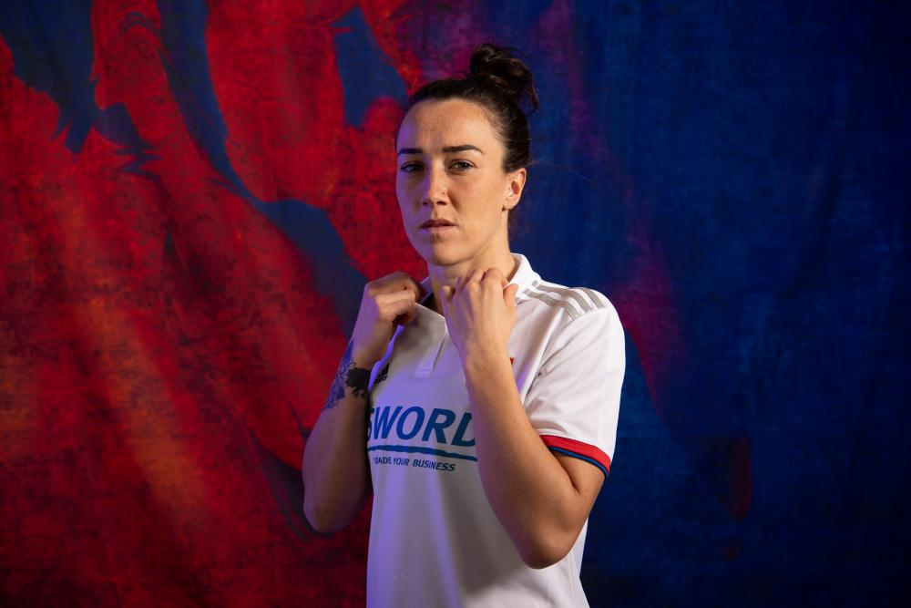 Lucy Bronze could be heading to Manchester City from Lyon.