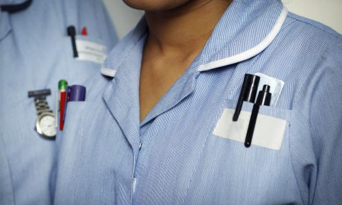 NHS workers to get 'derisory' 1% pay rise