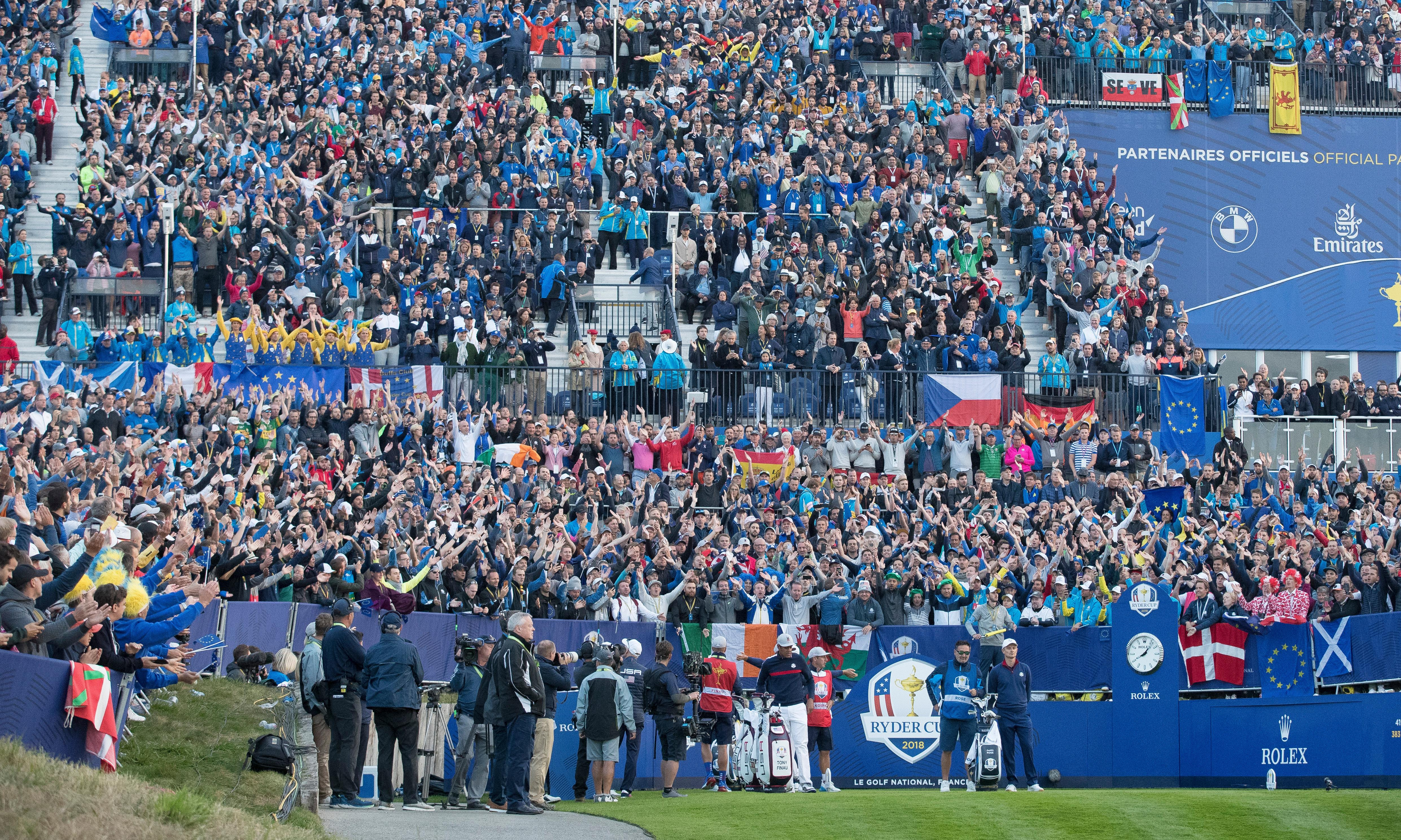 Early Ryder Cup starters wobble as Europeans feel jelly in their legs