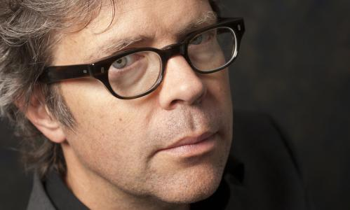 PARIS, FRANCE - SEPTEMBER 20. American writer Jonathan Franzen poses during a portrait session held on September 20, 2011 in Paris, France. (Photo by Ulf Andersen/Getty Images)