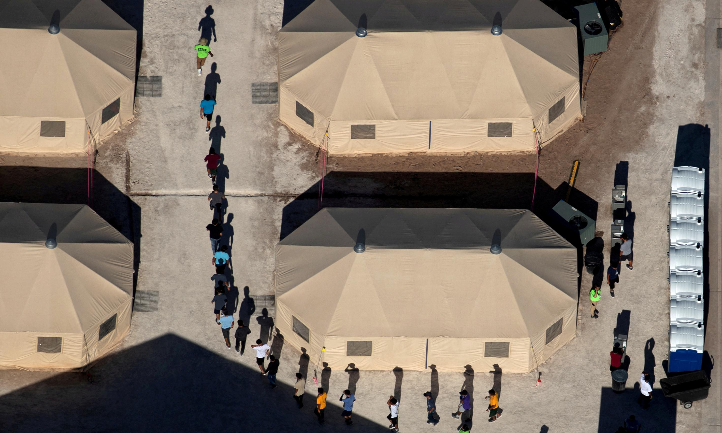 US to remove limit on how long immigrant children can be detained