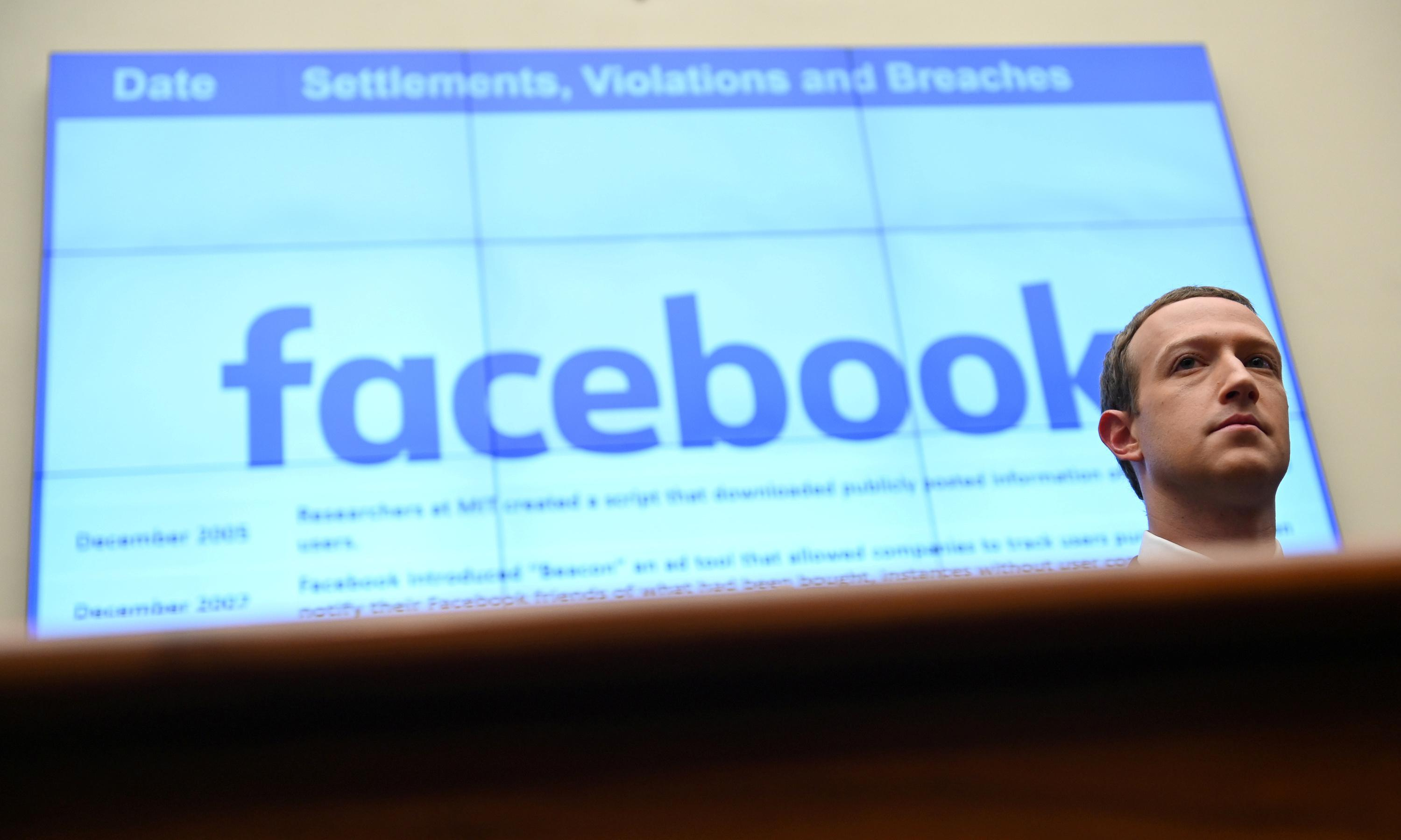 Australian politicians call for Facebook's Mark Zuckerberg to appear before inquiry