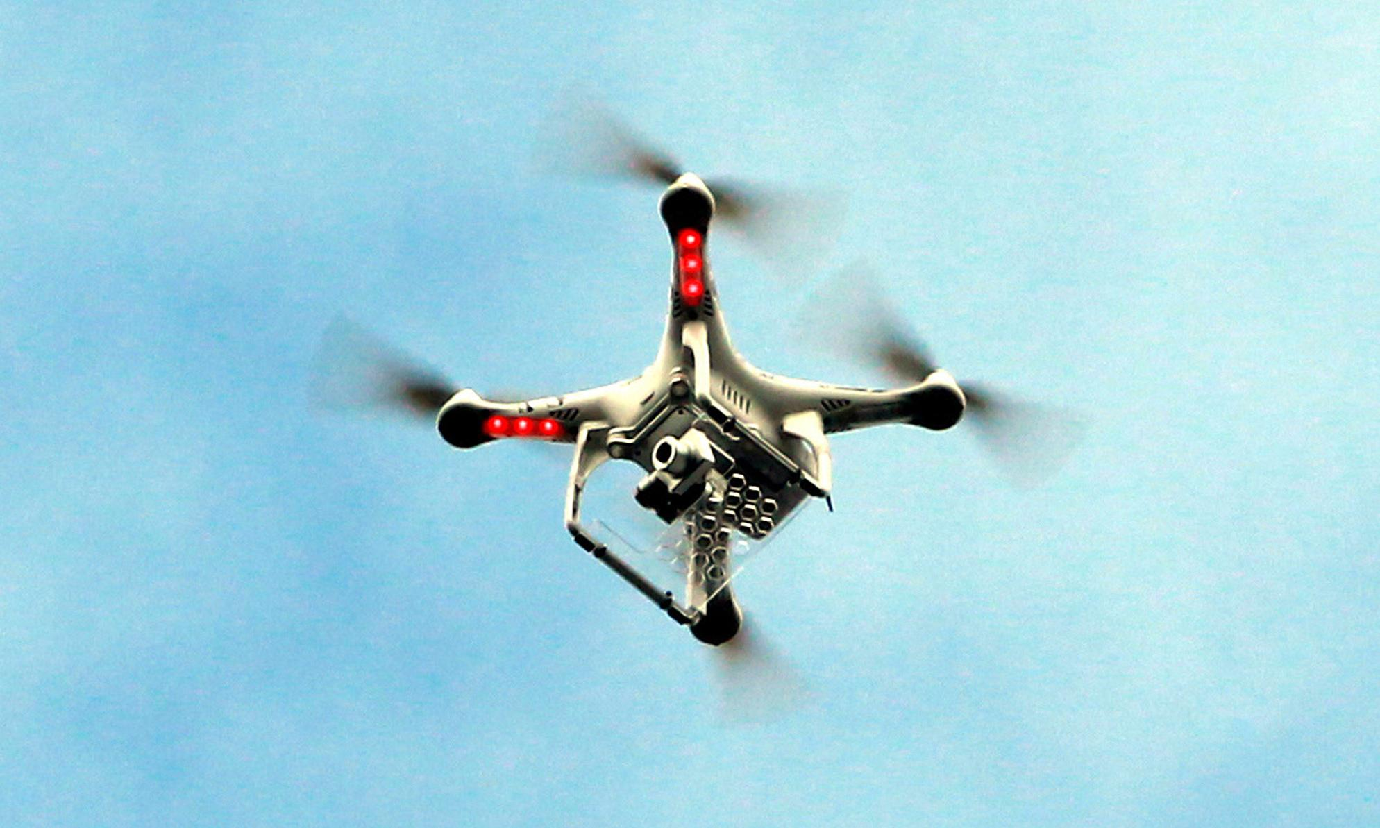 Drone forces grounding of aircraft fighting bushfire in Tasmania