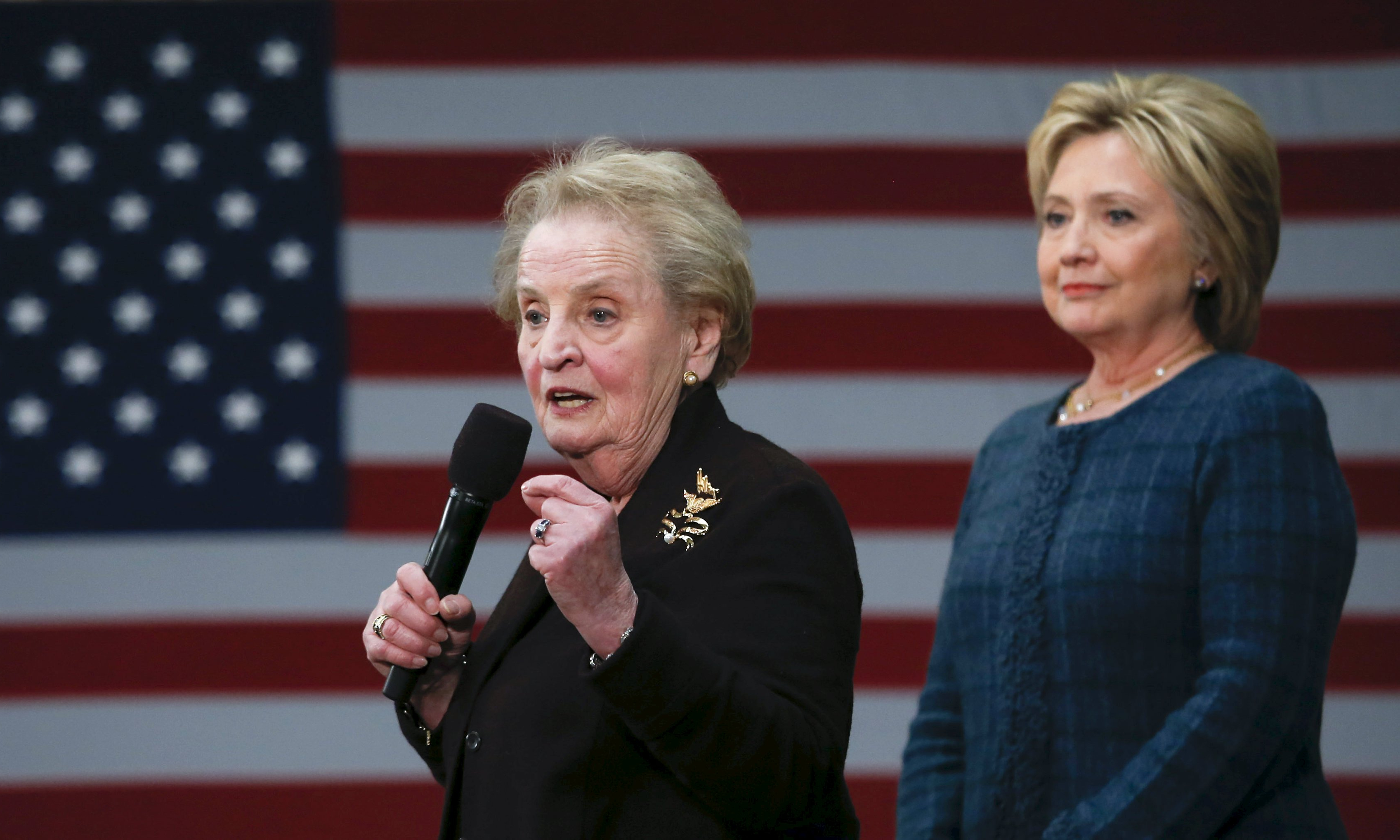 Clinton defends Albright and Steinem apologises as sexism claims dominate Democratic race
