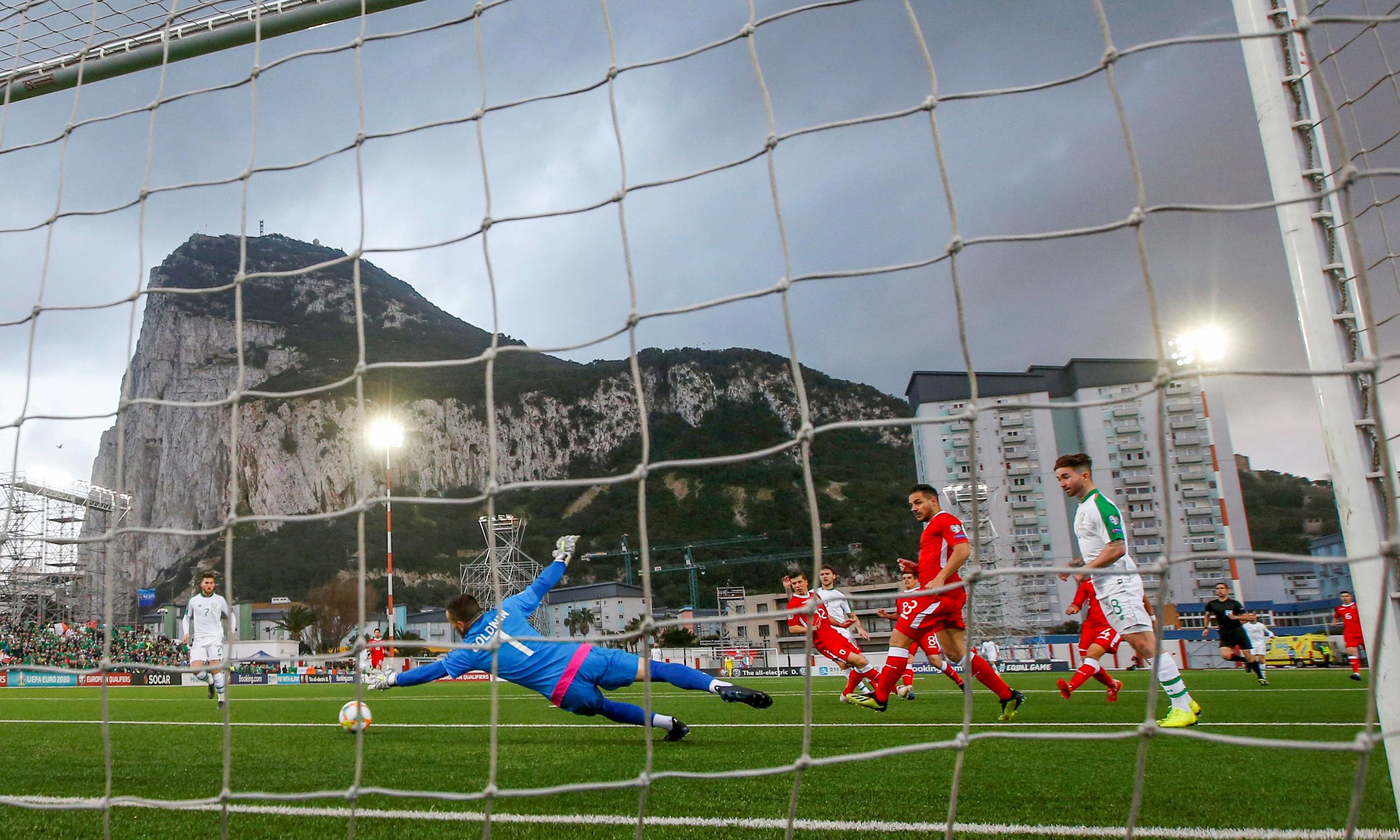 Jeff Hendrick gives Republic of Ireland narrow win over stubborn Gibraltar