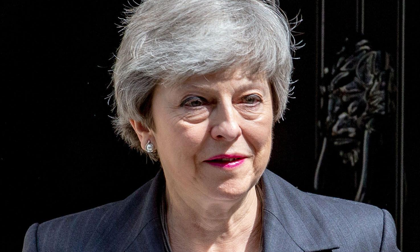 May faces crunch meeting as support for Brexit deal slips away