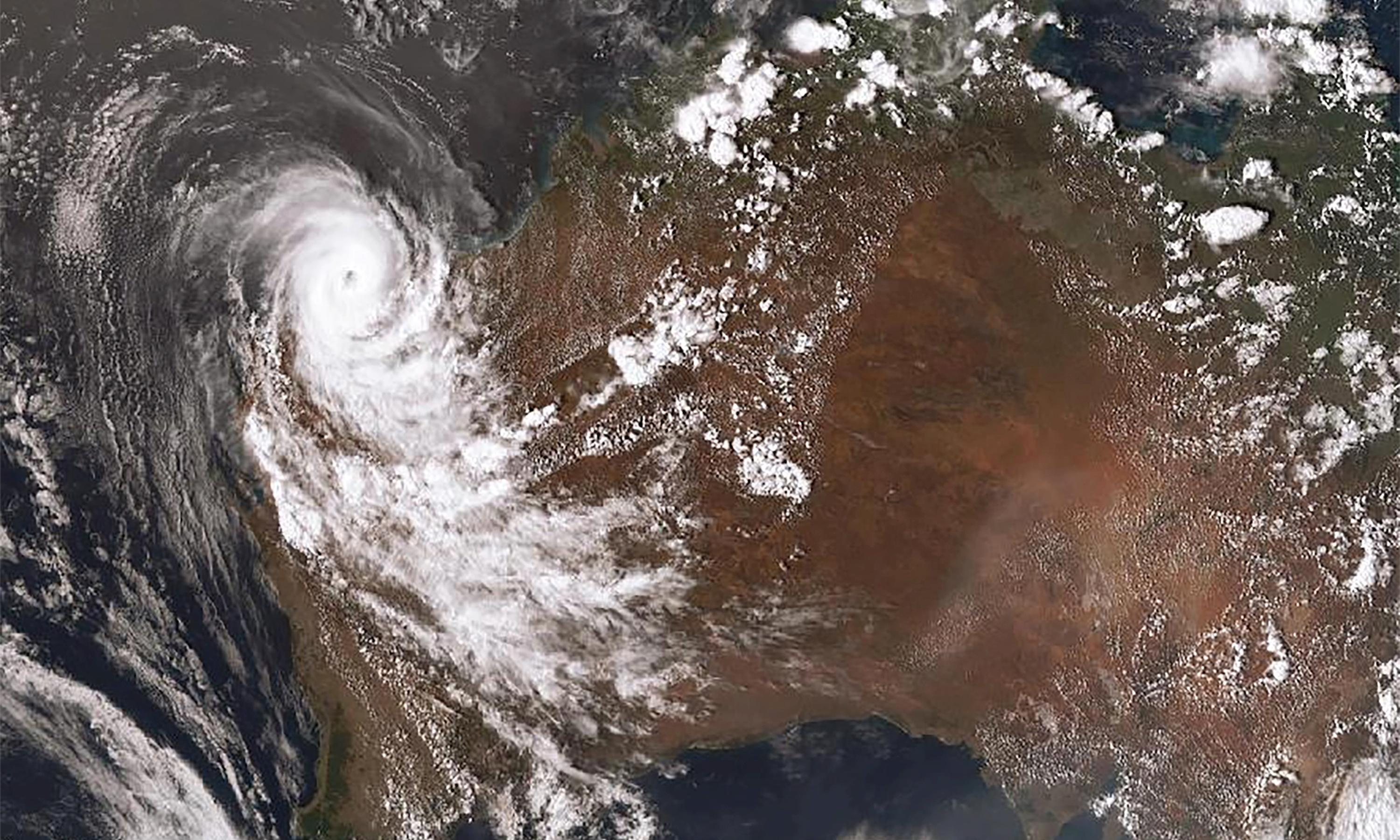 Cyclone Damien downgraded after damaging homes in Western Australia